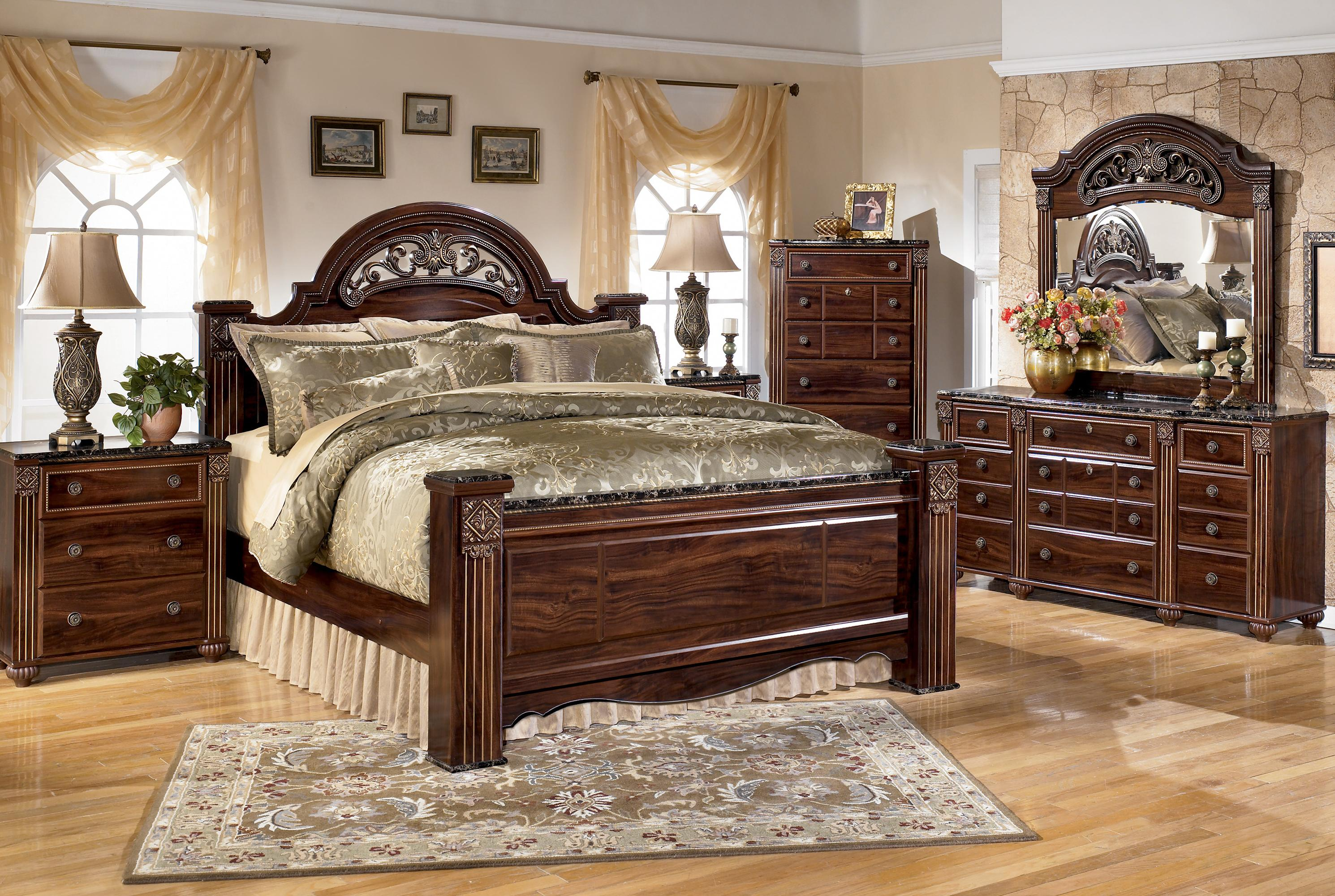 Signature Design By Ashley Gabriela Traditional King Poster Bed With Faux Marble Detail Royal