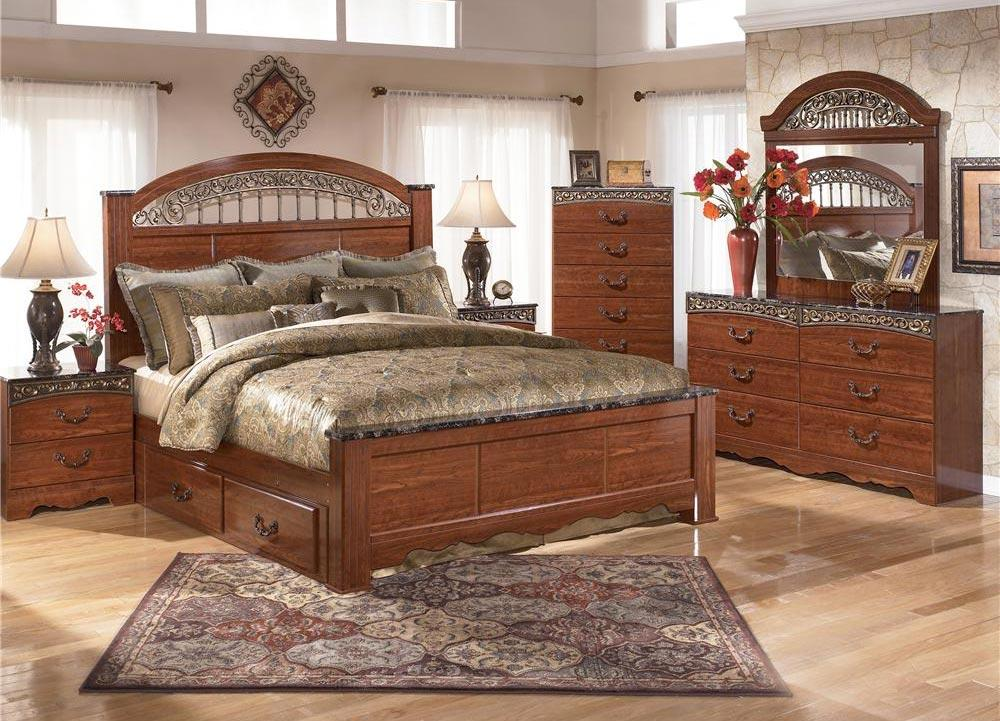 Signature Design by Ashley Brookfield 5pc Queen Storage Bed Set - Item Number: B105-QB+31+36+92+60
