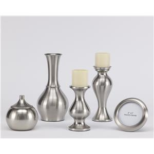 Signature Design by Ashley Furniture Accents Rishona Accessory Set