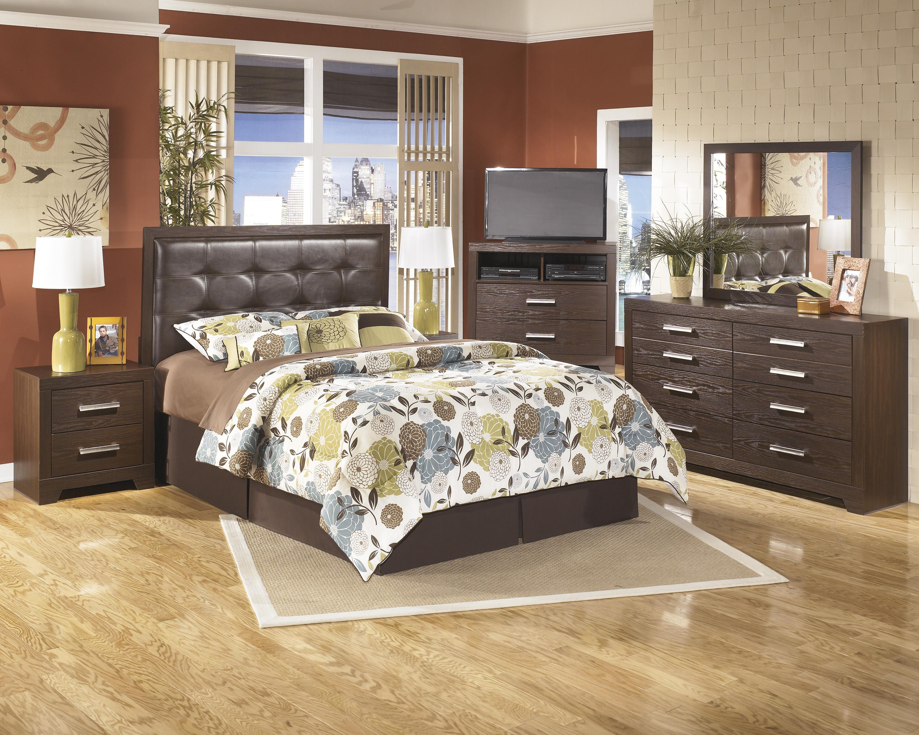 Signature Design by Ashley Aleydis Queen Bedroom Group - Item Number: B165 Q Bedroom Group 1