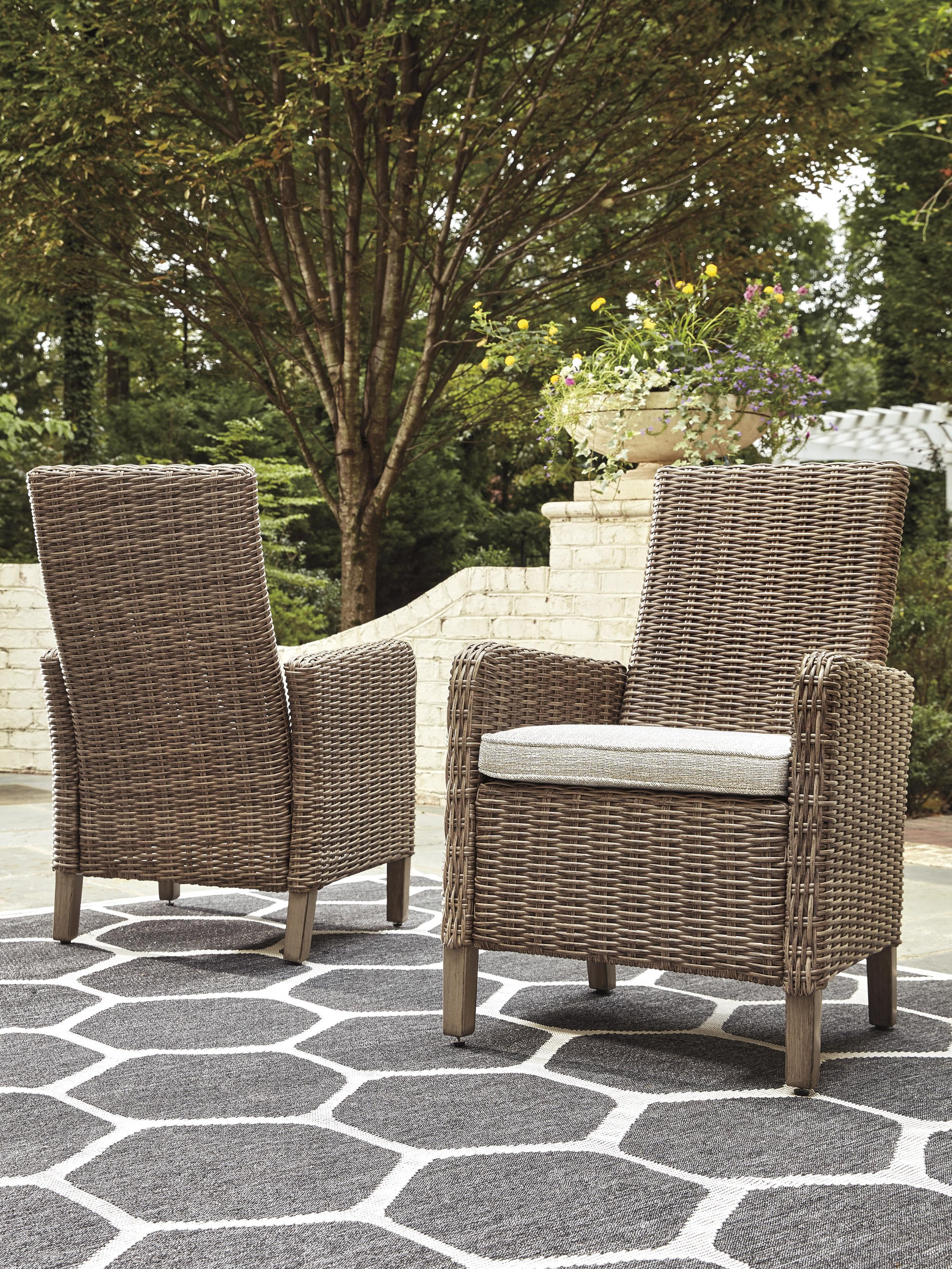 Set of 2 Arm Chairs with Cushion