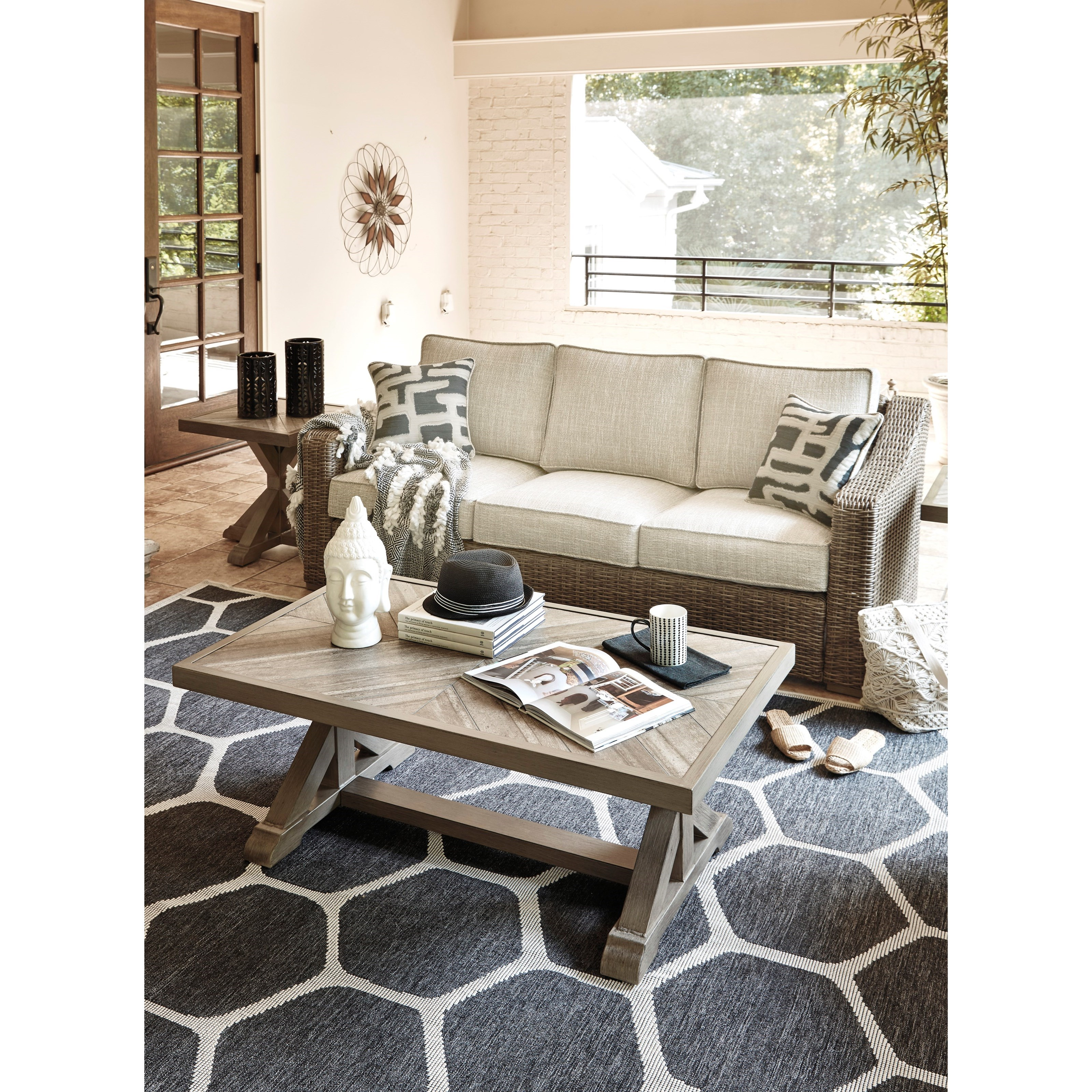 Signature Design By Ashley Beachcroft Sofa With Cushion