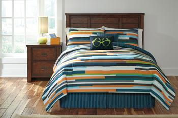 Signature Design by Ashley Bedding Sets Full Seventy Stripe Top of Bed Set - Item Number: Q114003F