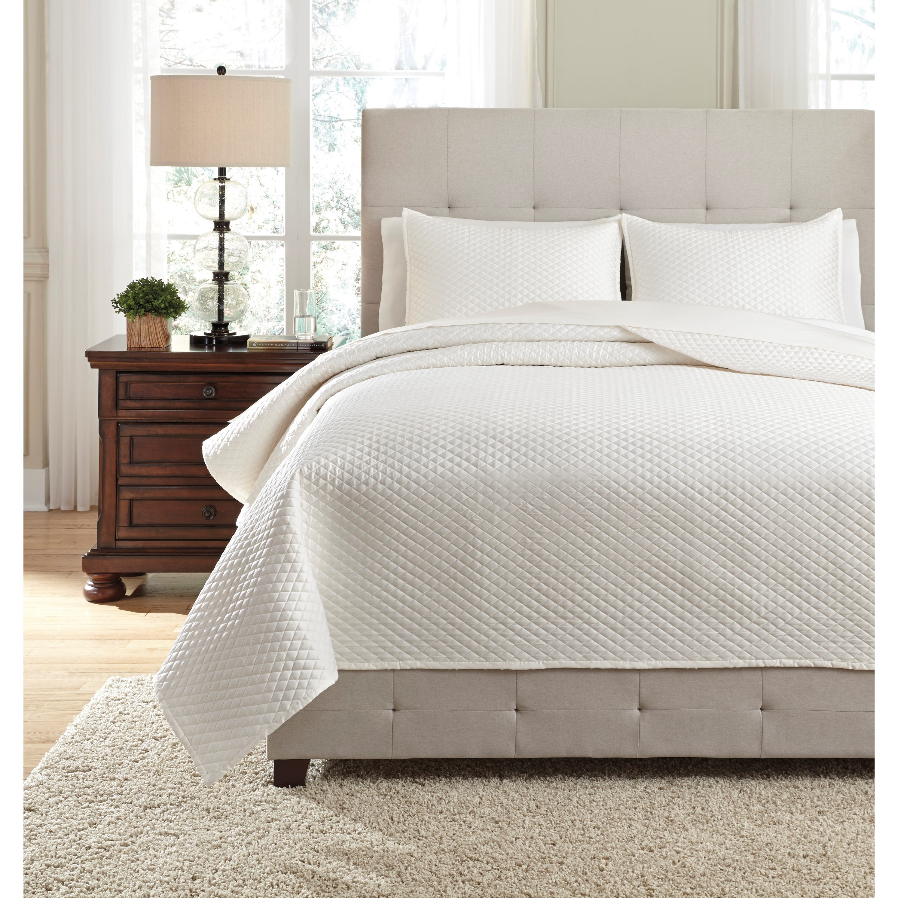 Bedding Sets Queen Dietrick Ivory Quilt Set by Ashley (Signature Design) at Johnny Janosik