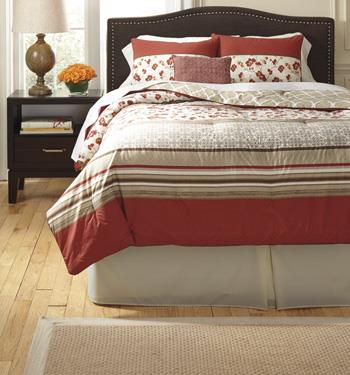 Signature Design by Ashley Bedding Sets Queen Cayenne Rouge Top of Bed Set - Item Number: Q357005Q