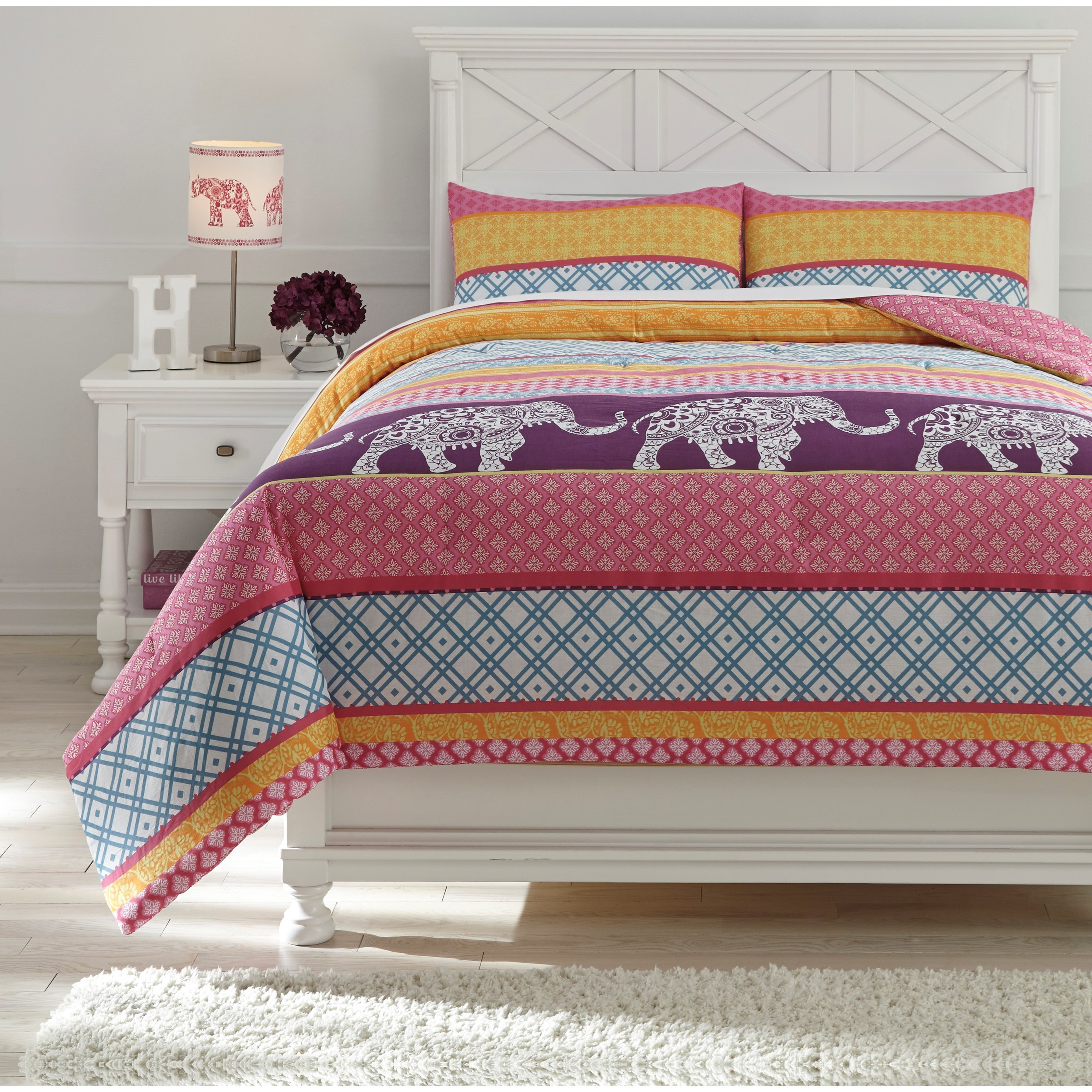Full Meghana Pink/Orange Comforter Set