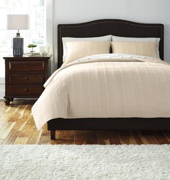 Signature Design by Ashley Bedding Sets Queen Coverlet Beige Comforter Set - Item Number: Q463003Q