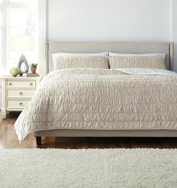 Signature Design by Ashley Bedding Sets King Stitched Beige Comforter Set - Item Number: Q472003K