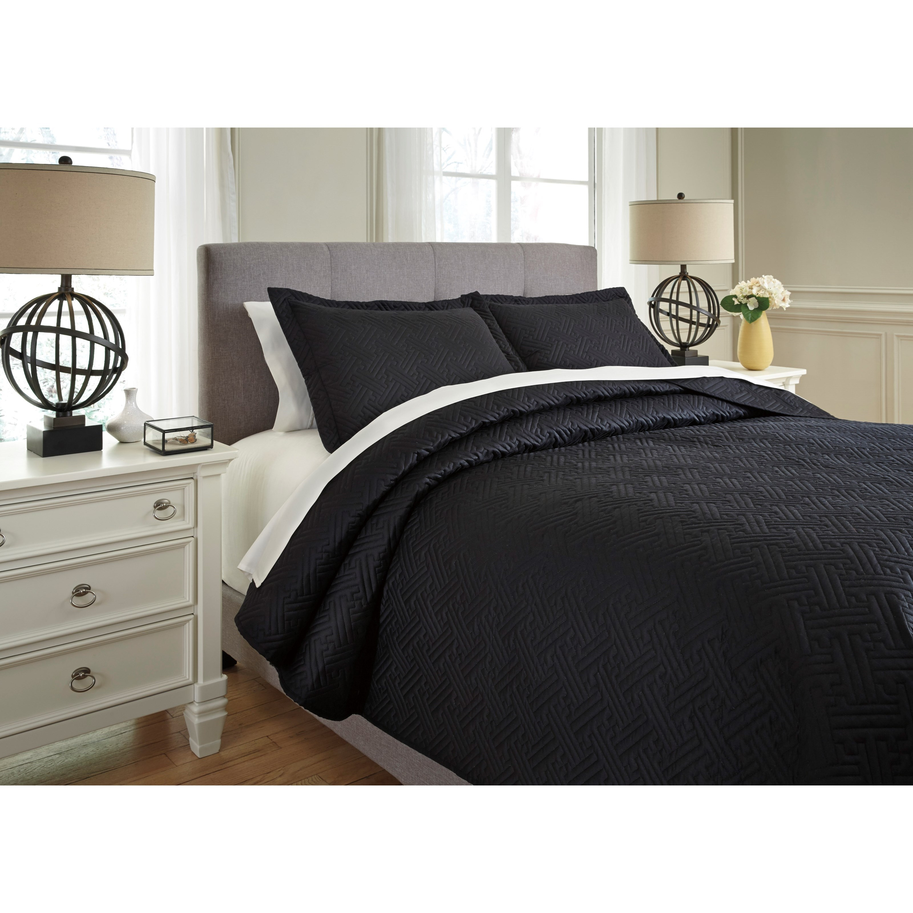 Signature design by ashley bedding sets q739013q queen for Bedding sets for black furniture
