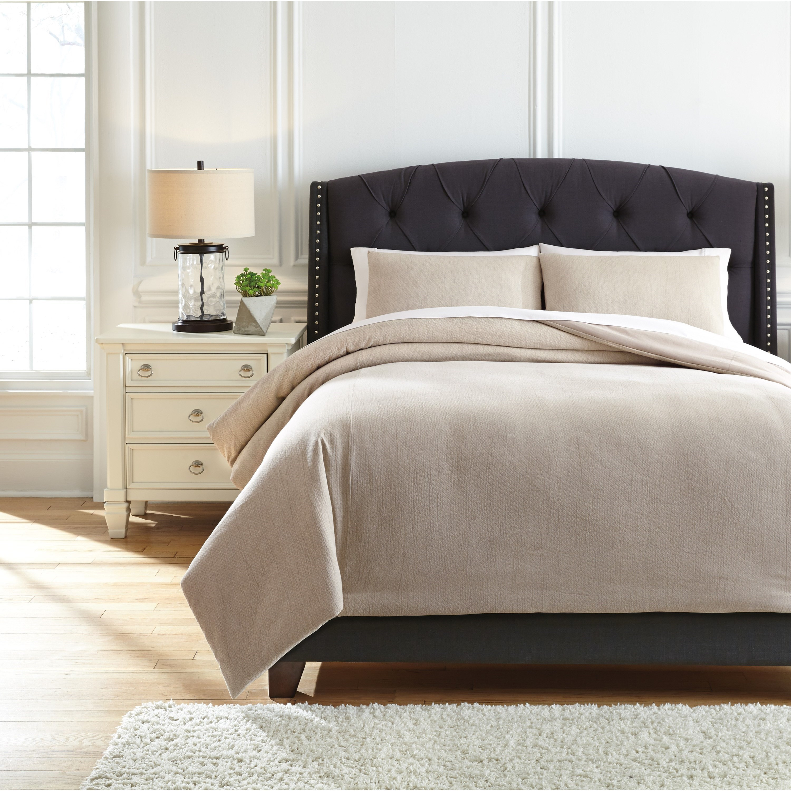 Bedding Sets King Mayda Beige Comforter Set by Signature Design by Ashley at Zak's Warehouse Clearance Center