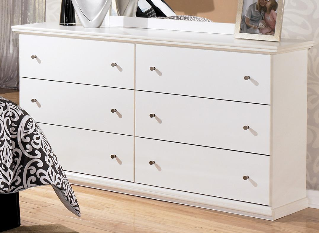 Signature Design by Ashley Bostwick Shoals Dresser - Item Number: B139-31
