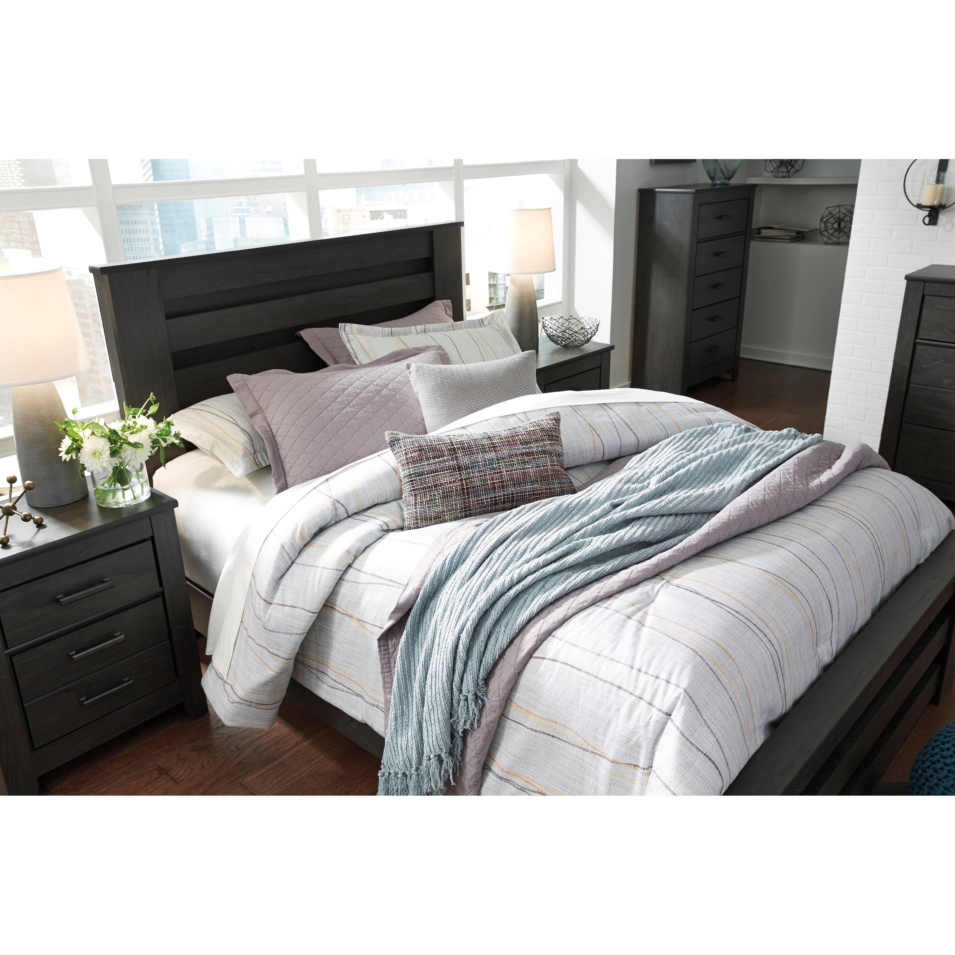 Signature Design By Ashley Brinxton Queen Poster Bed In
