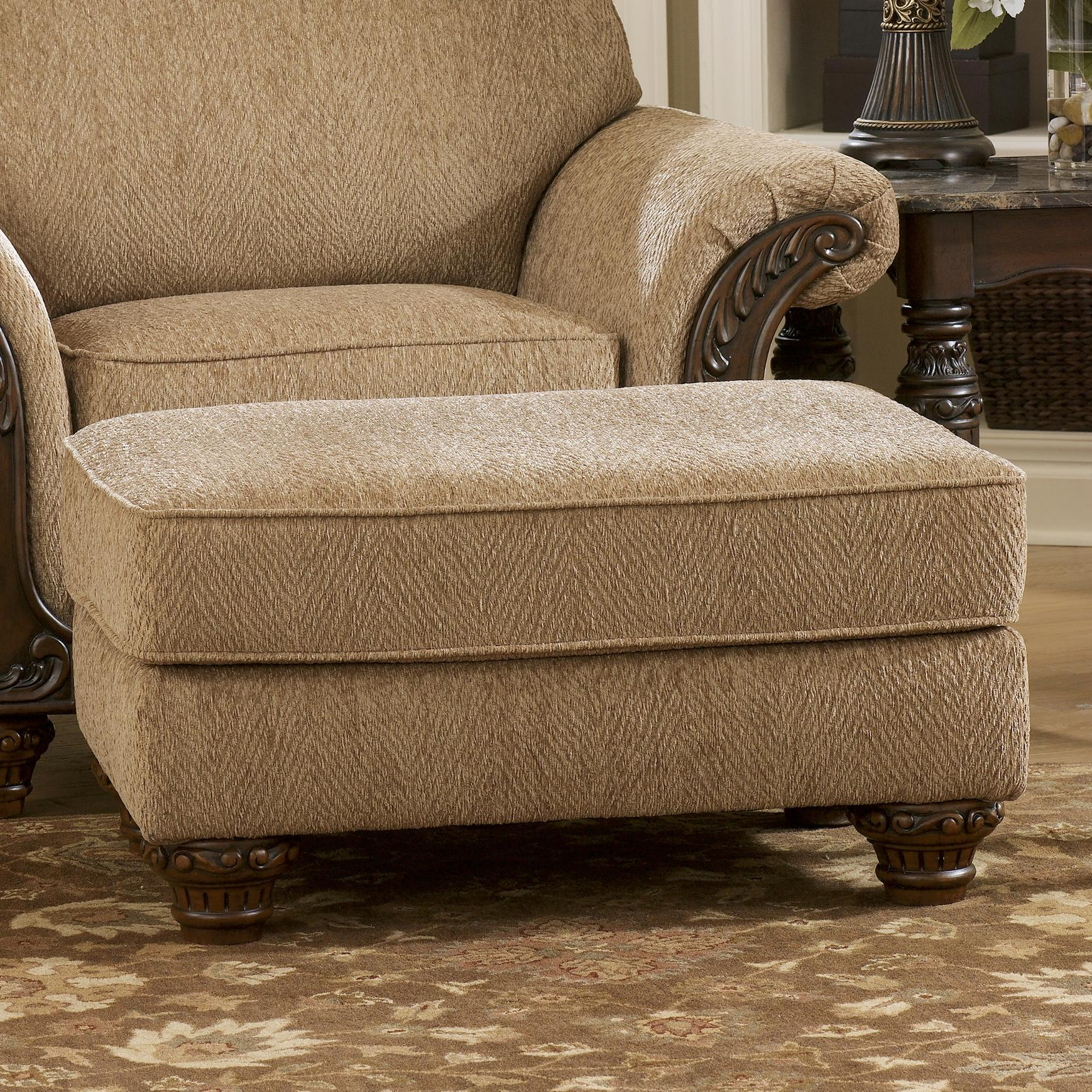Signature Design by Ashley Cambridge - Amber Ottoman - Item Number: 3940114