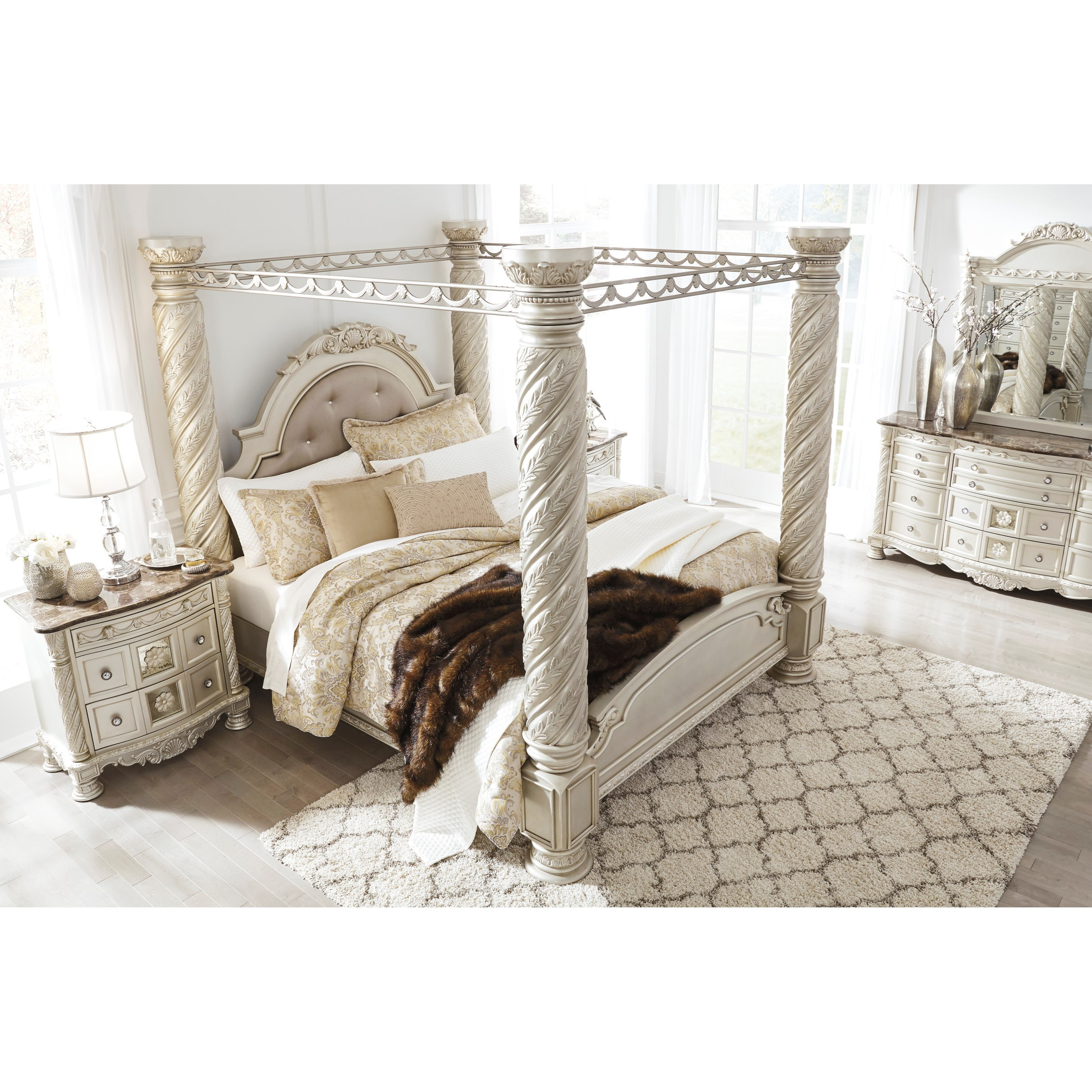Cassimore Canopy Bedroom Set Signature Design 3 Reviews: Ashley Signature Design Cassimore Traditional King Poster