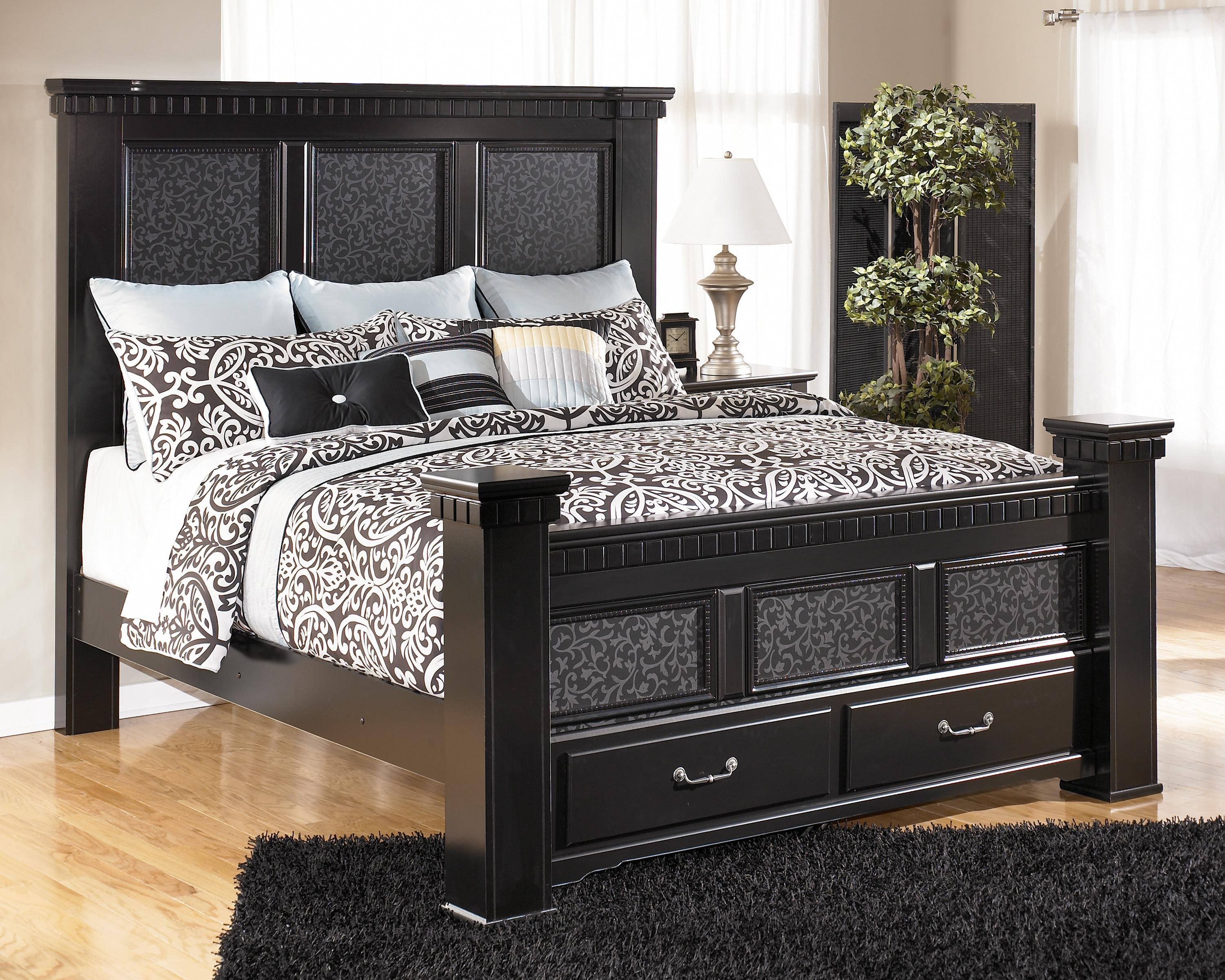 Signature Design by Ashley Cavallino Cal King Mansion Bed with Storage Footboard - Item Number: B291-158+166S+70+95