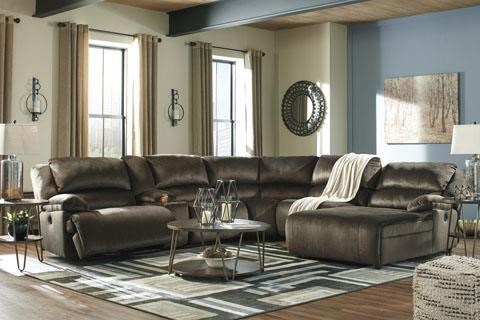 Power Reclining Sectional with Chaise