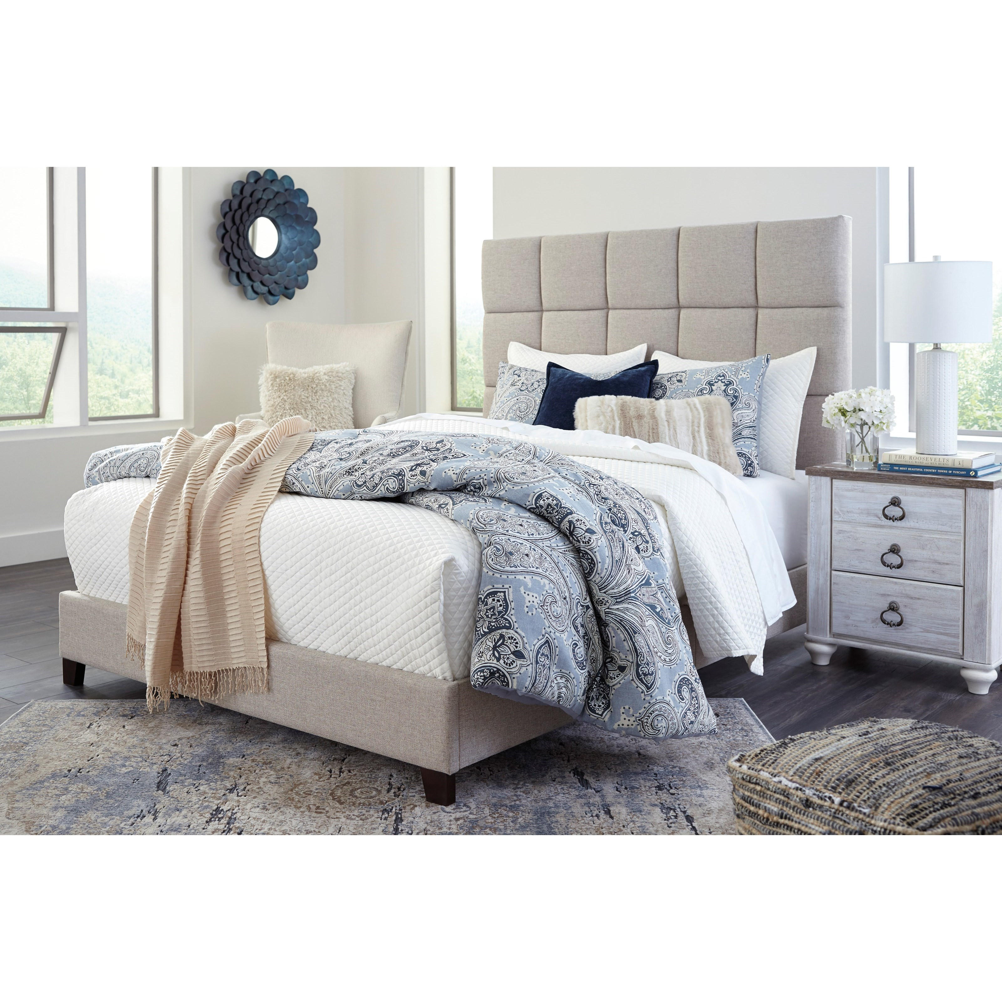 Ashley Signature Design Dolante Queen Upholstered Bed In