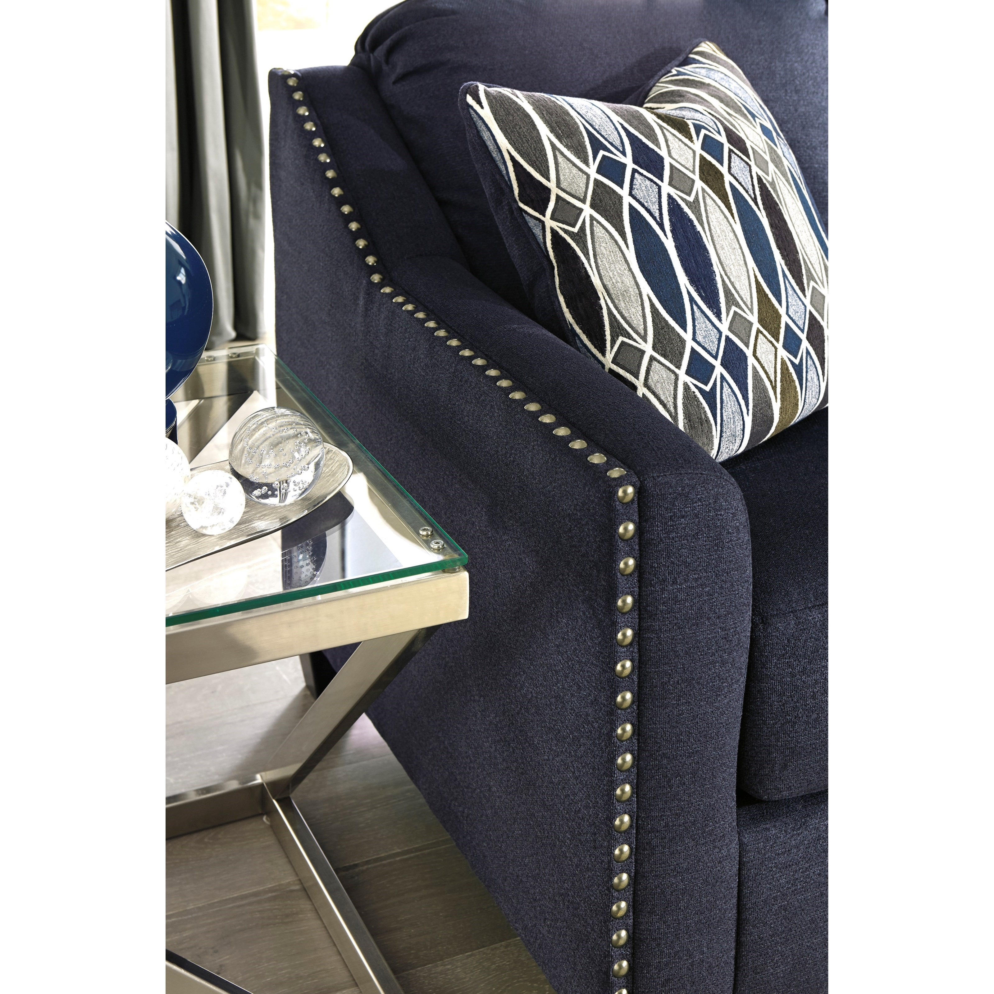 Benchcraft Creeal Heights 8020220 Chair With Nailhead