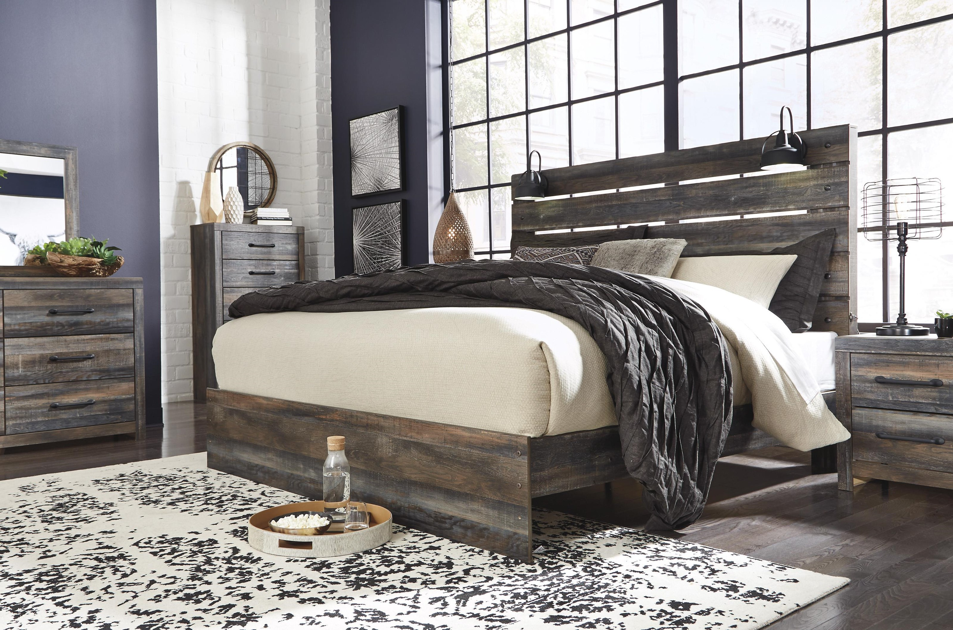 Drystan Queen Panel Bed by Signature Design by Ashley at Furniture and ApplianceMart
