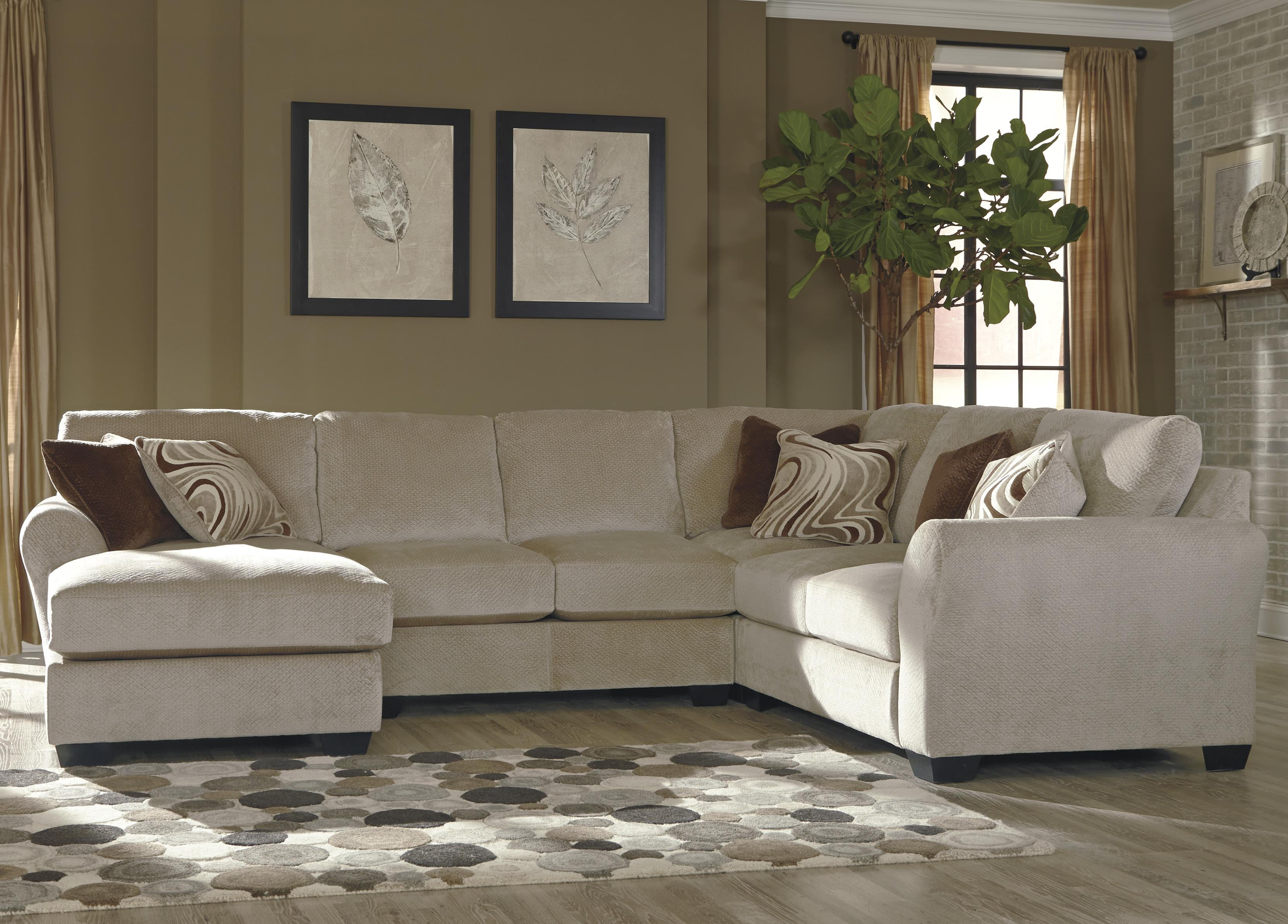 Benchcraft Hazes 4-Piece Sectional w/ Chaise - Item Number: 6570116+34+77+56