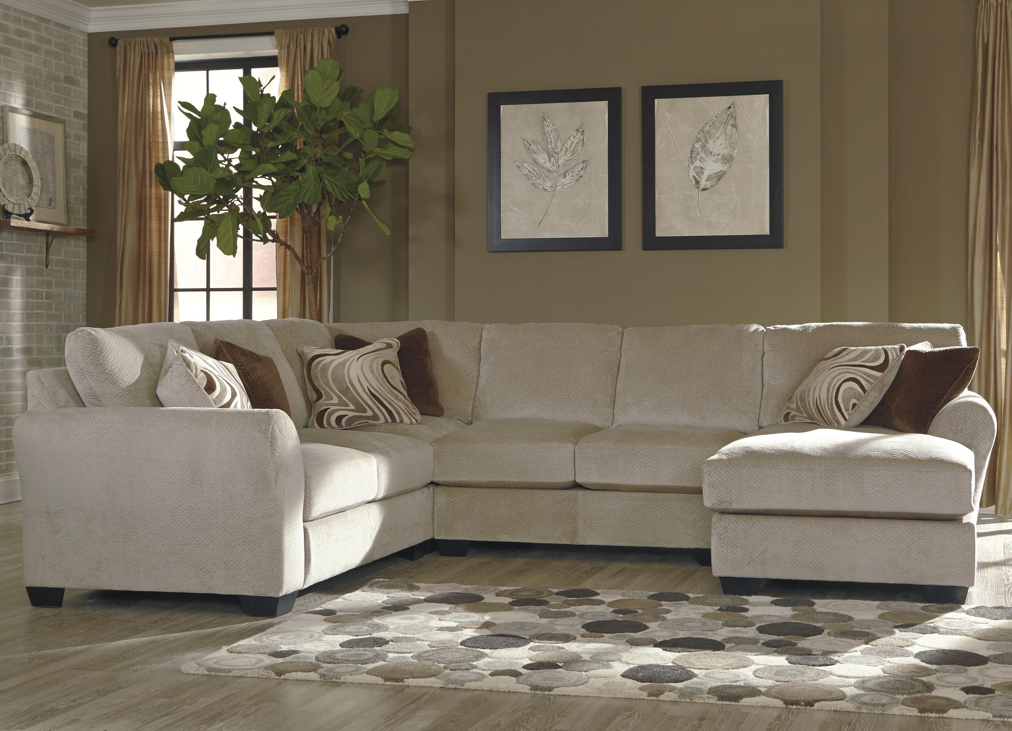 Benchcraft Hazes 4-Piece Sectional w/ Chaise - Item Number: 6570155+77+34+17