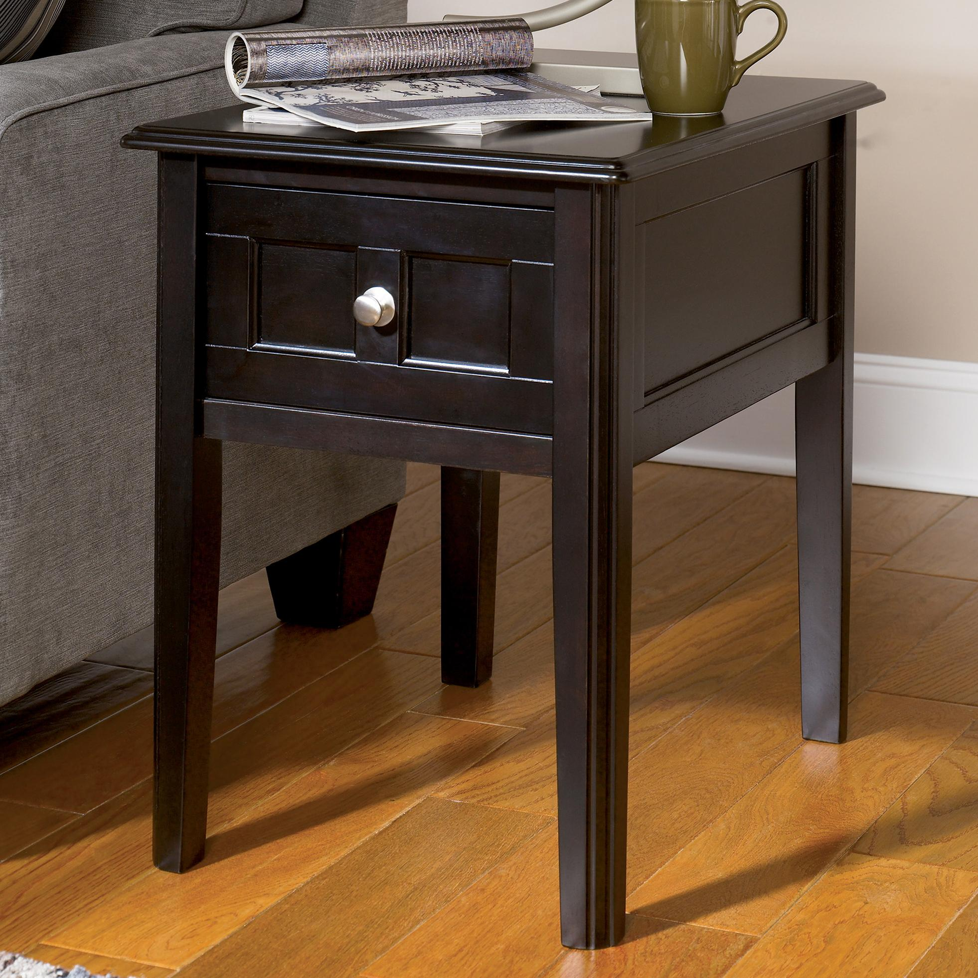 Signature Design by Ashley Henning Chairside End Table - Item Number: T479-7