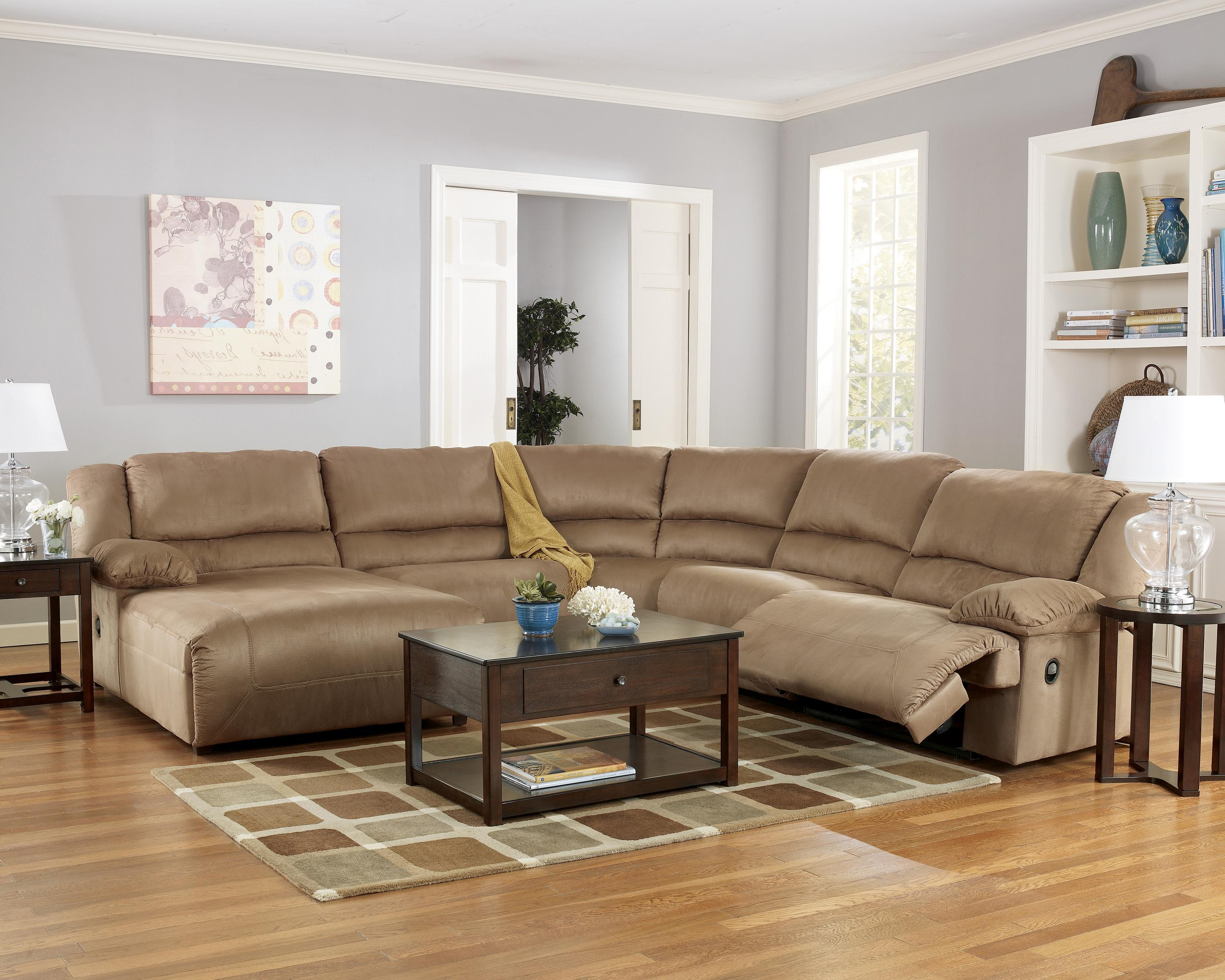 Signature Design by Ashley Hogan - Mocha 5 Piece Motion Sectional with Chaise - Item Number: 5780205+46+77+19+41