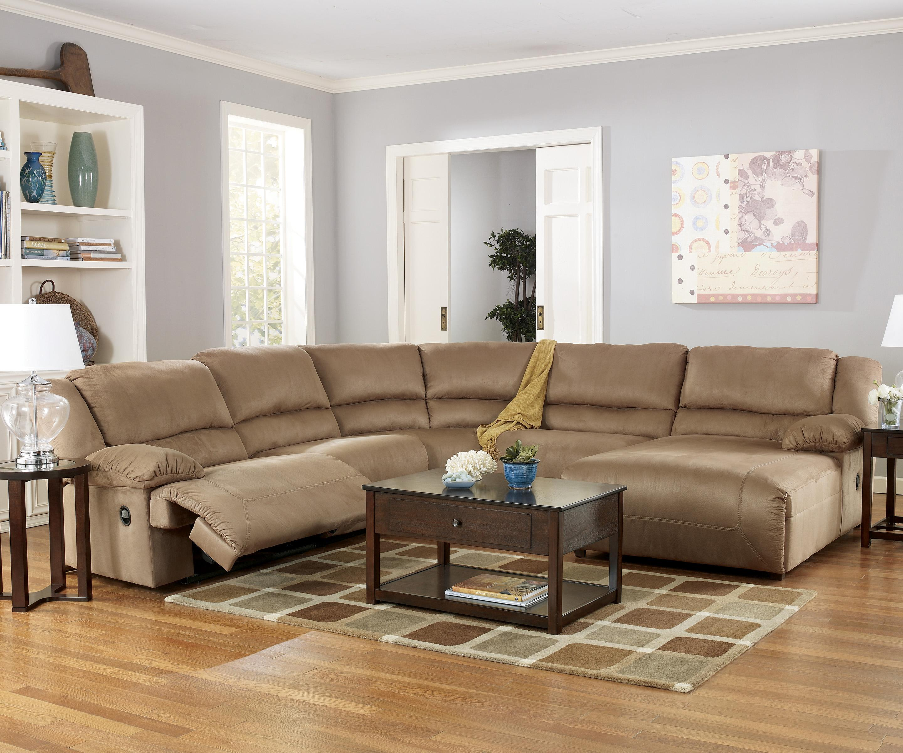 Ashley Signature Design Hogan   Mocha 5 Piece Motion Sectional With Chaise    Item Number: