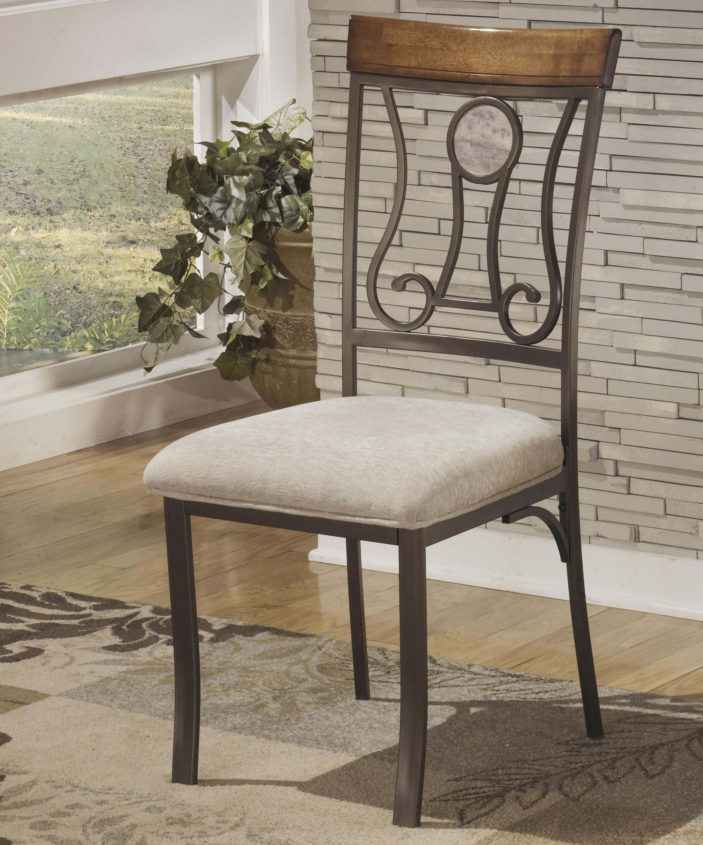 Signature Design by Ashley Hopstand Dining Upholstered Side Chair - Item Number: D314-01