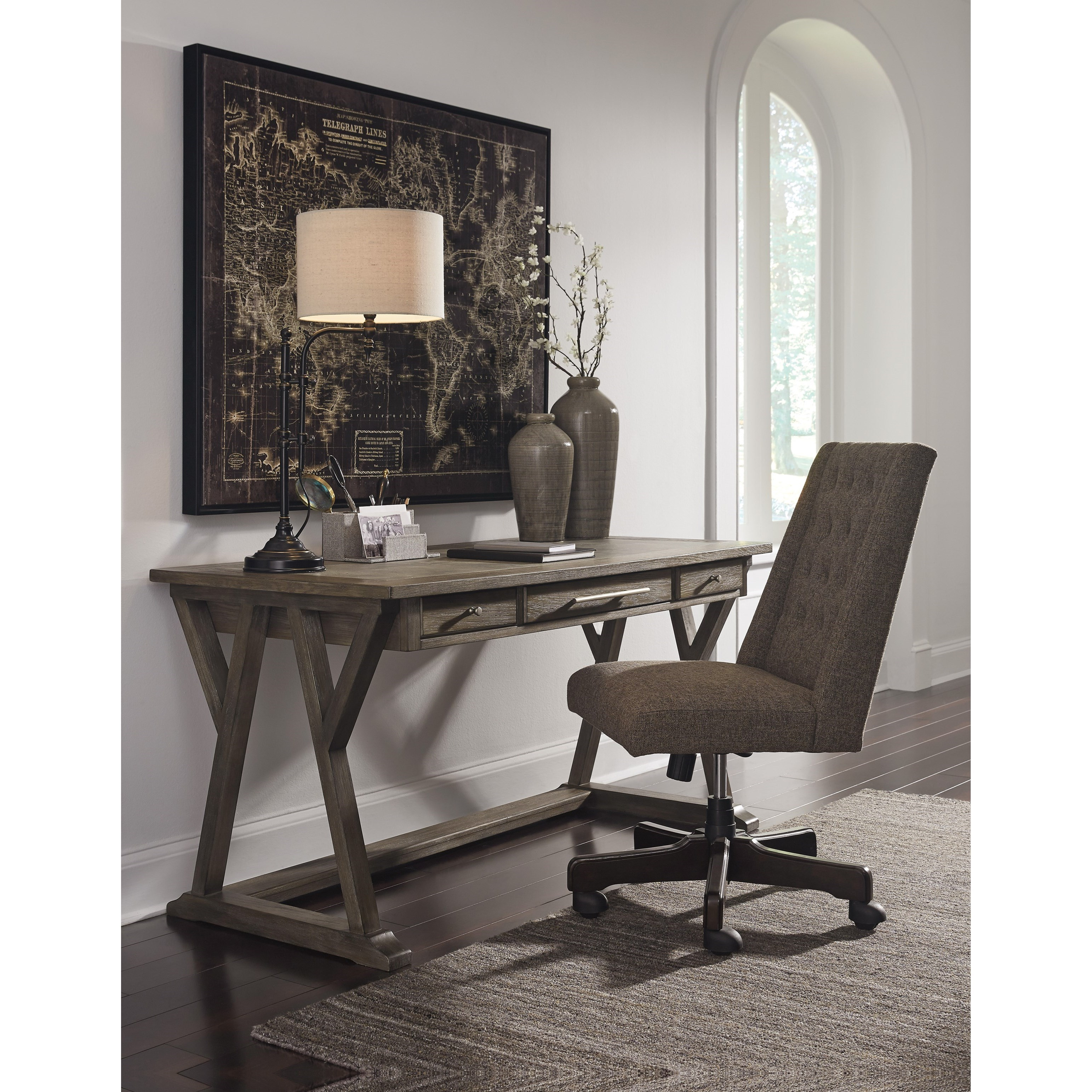 Signature Home Furnishings: Signature Design By Ashley Luxenford Relaxed Vintage Home