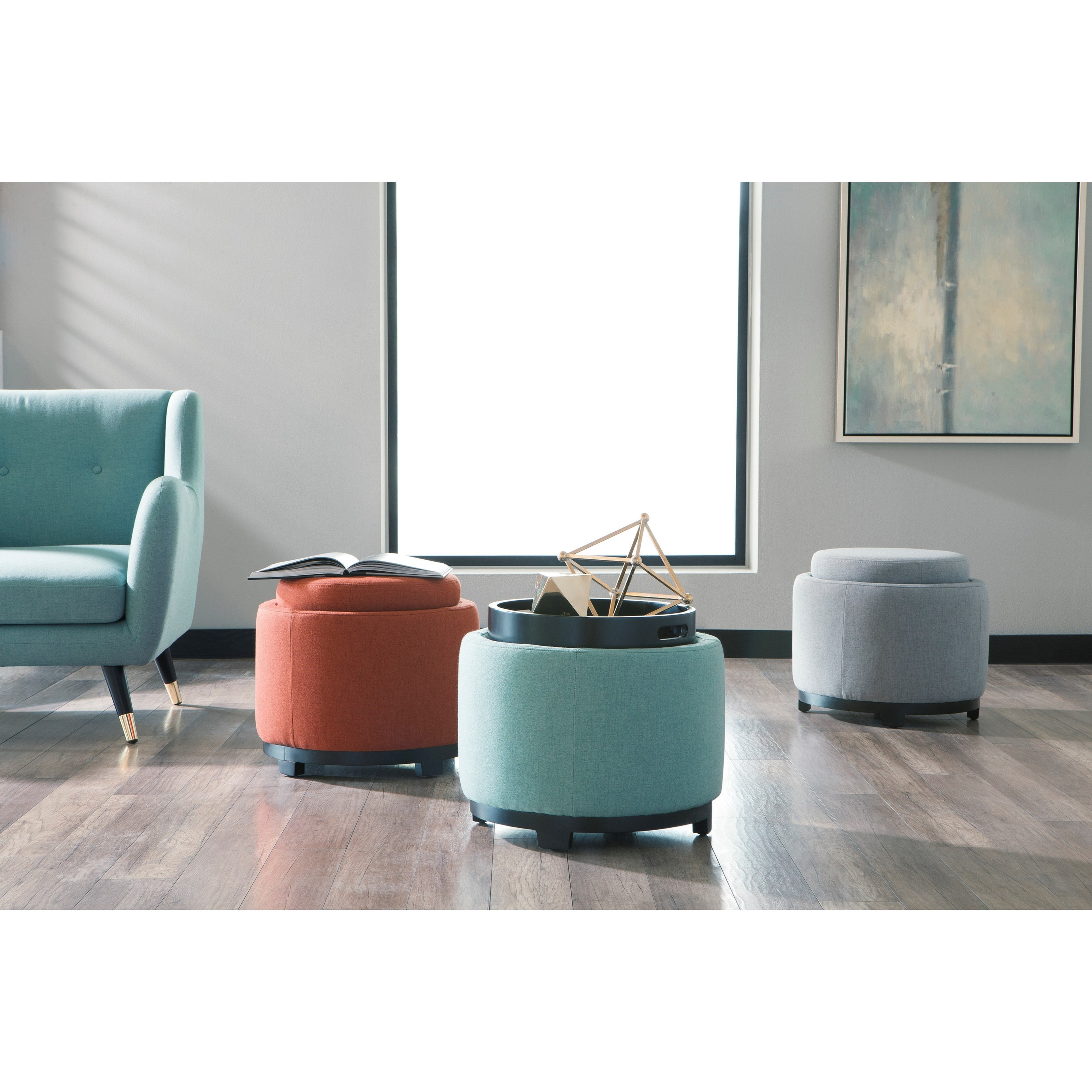 Signature Home Furnishings: Signature Design By Ashley Menga Round Ottoman With
