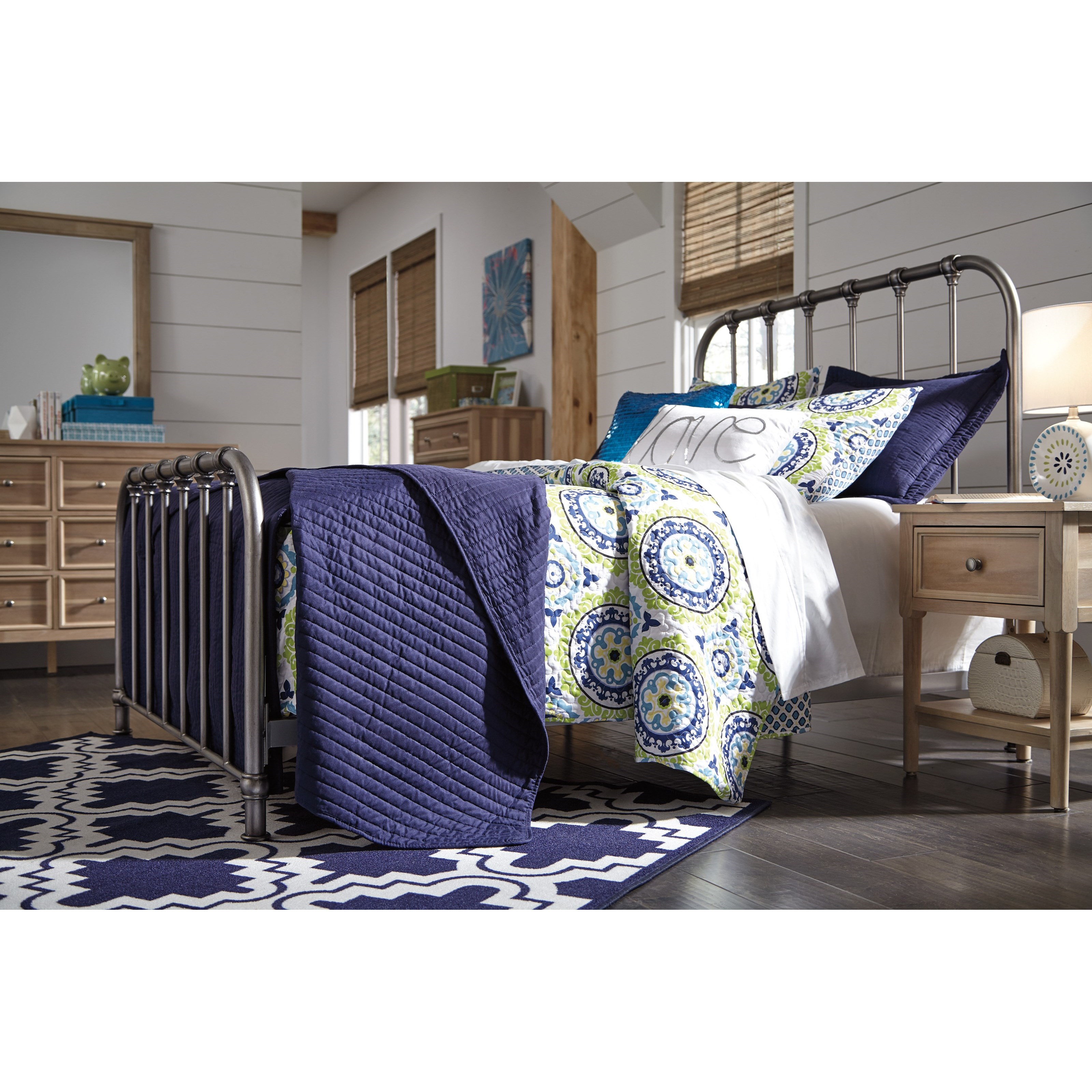 Ashley Signature Design Nashburg B280 581 Queen Metal Bed In Aged Pewter Finish Dunk Bright