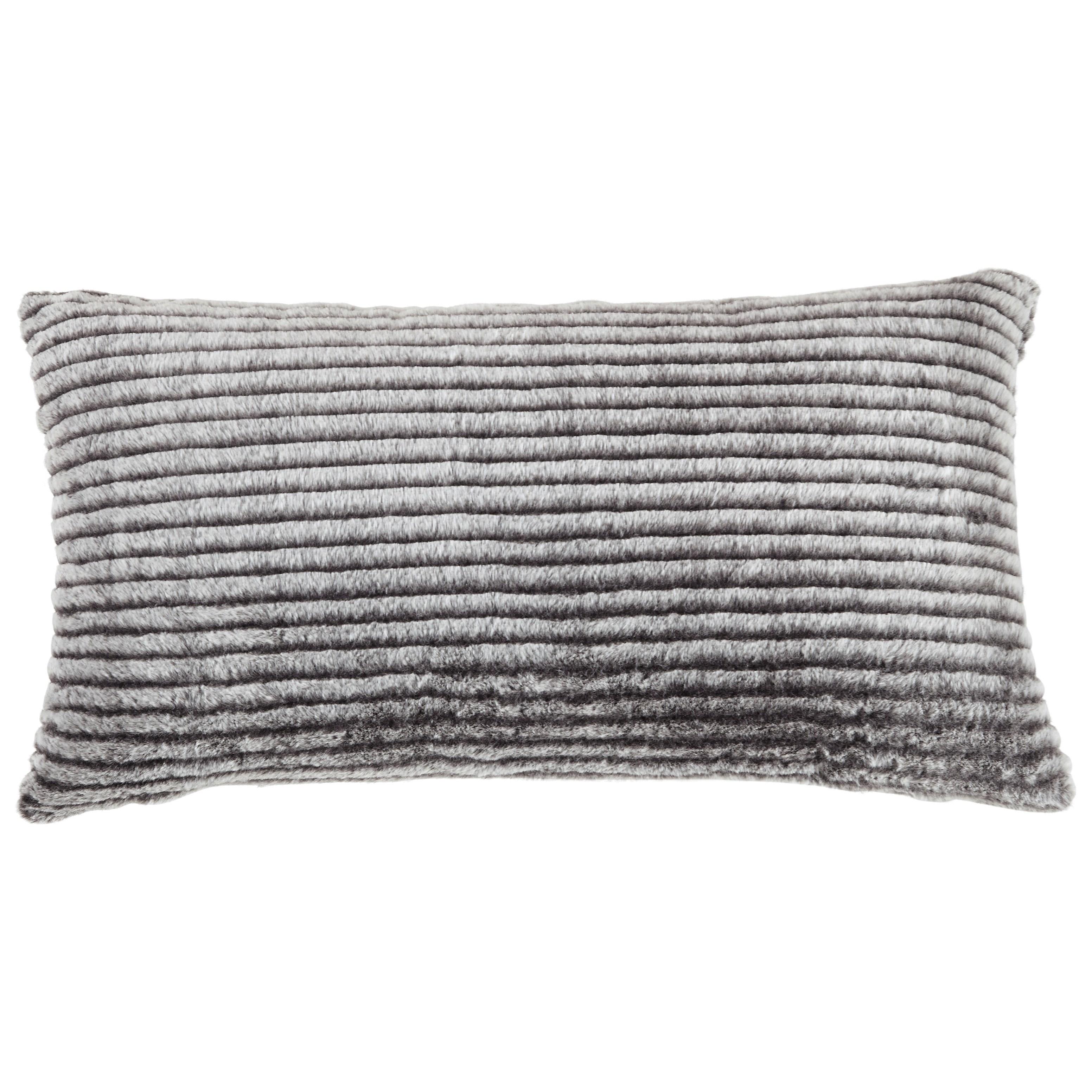 Metea Black/Gray Pillow