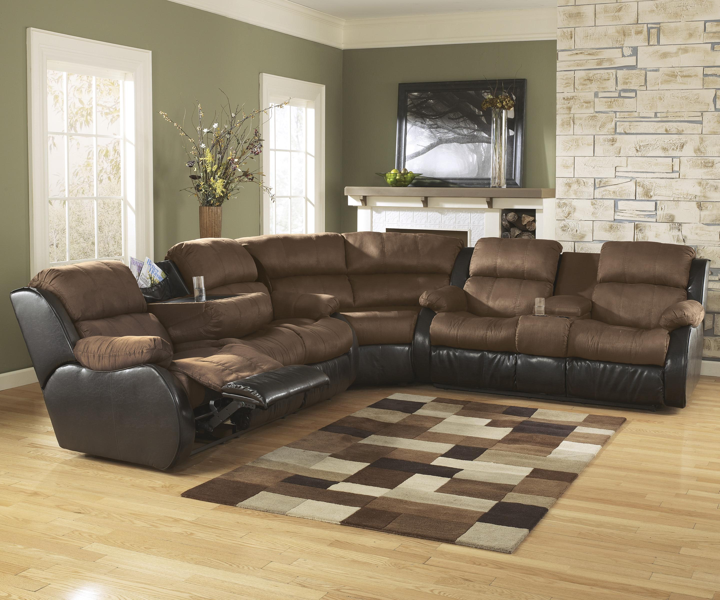 Signature Design By Ashley Presley Espresso Motion Sectional W