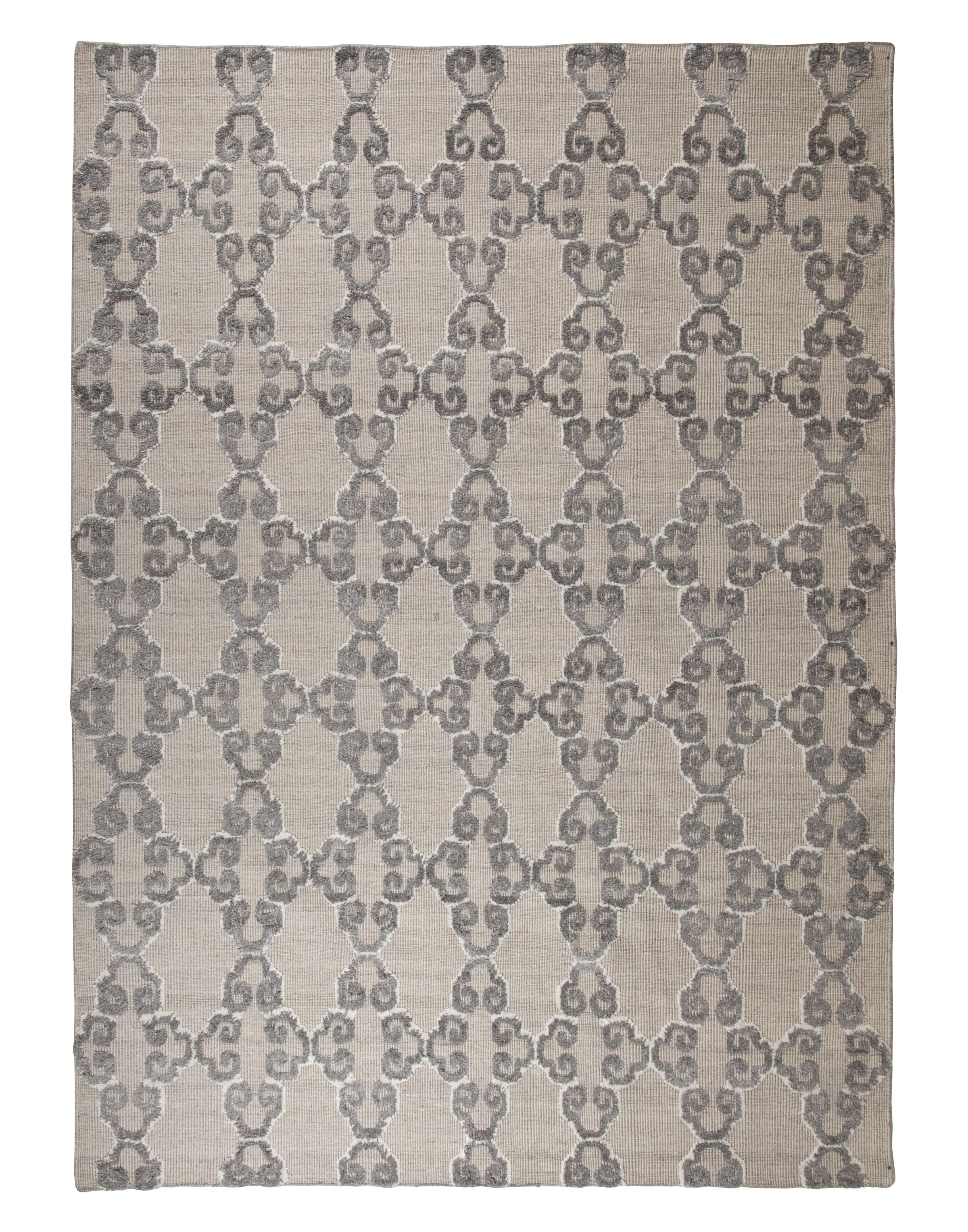 Signature Design by Ashley Traditional Classics Area Rugs Patterned - Gray/Ivory Medium Rug - Item Number: R401462