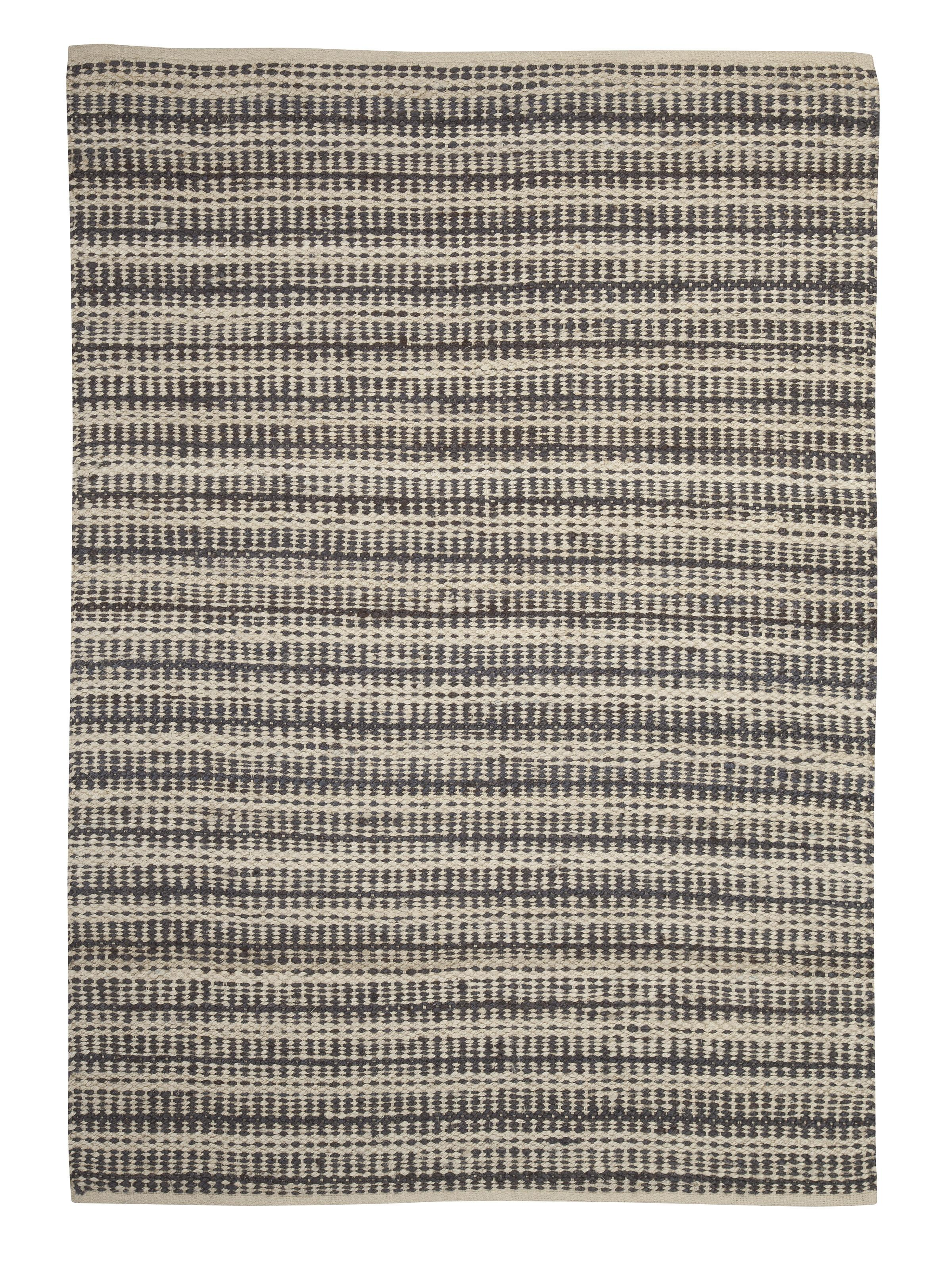 Signature Design by Ashley Transitional Area Rugs Chesney Tan/Gray Medium Rug - Item Number: R257002