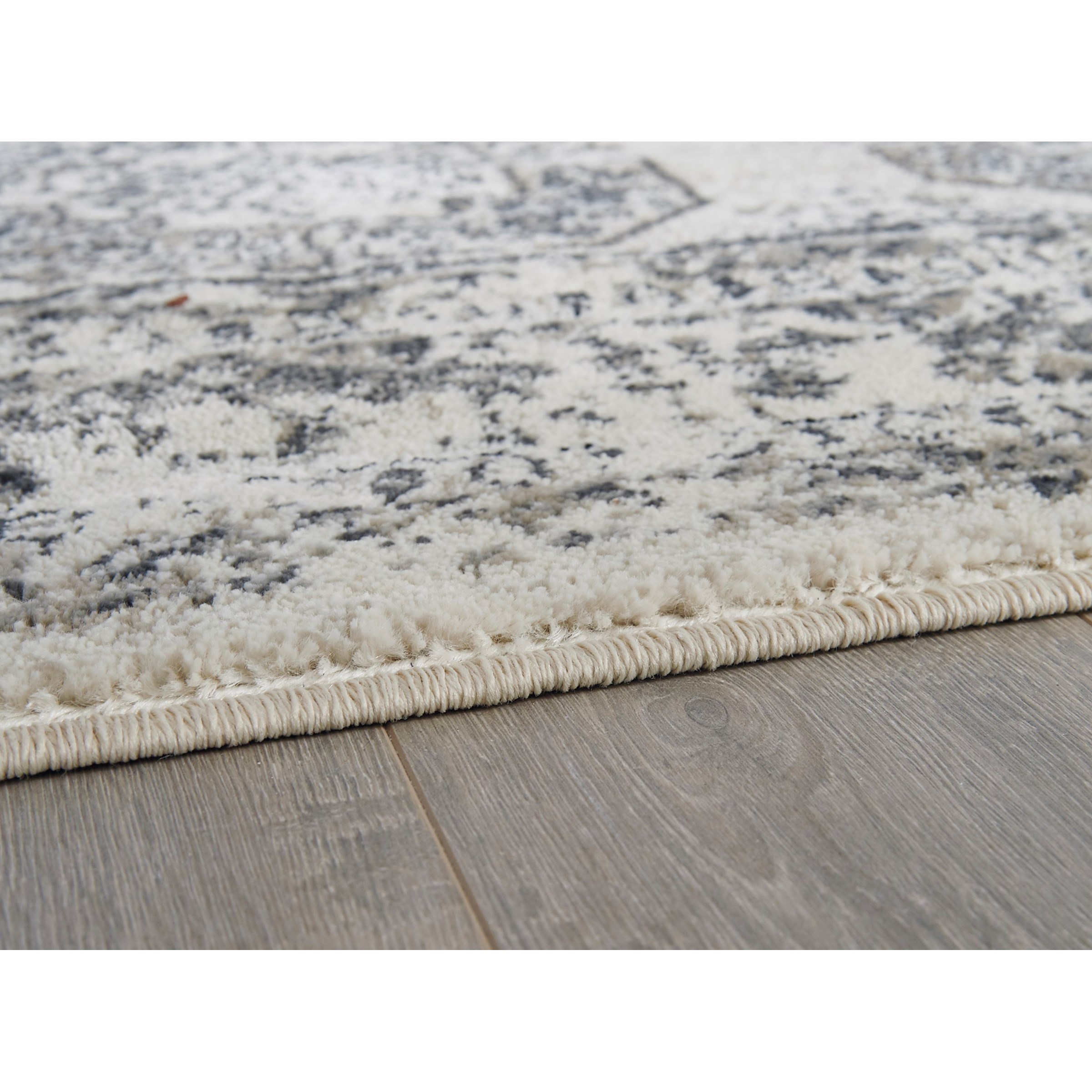 Signature Design By Ashley Transitional Area Rugs R402632