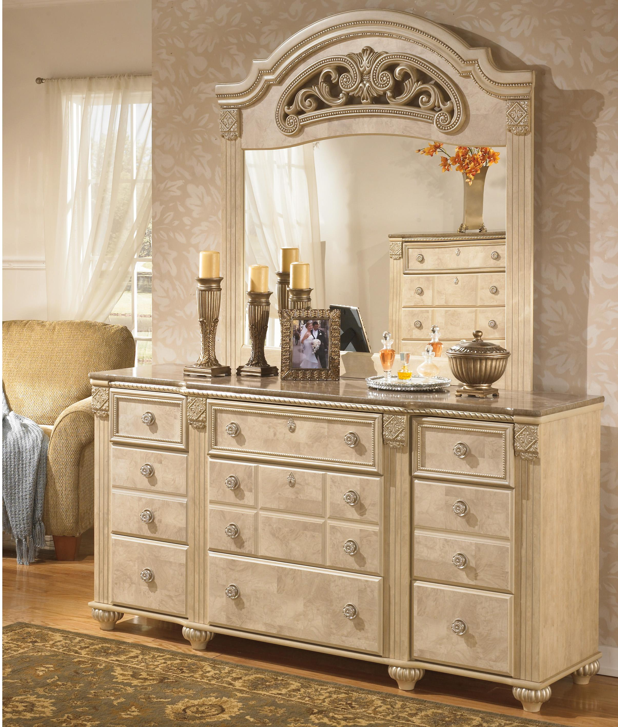 Signature Design by Ashley Saveaha Dresser and Mirror Set - Item Number: B346-31+36