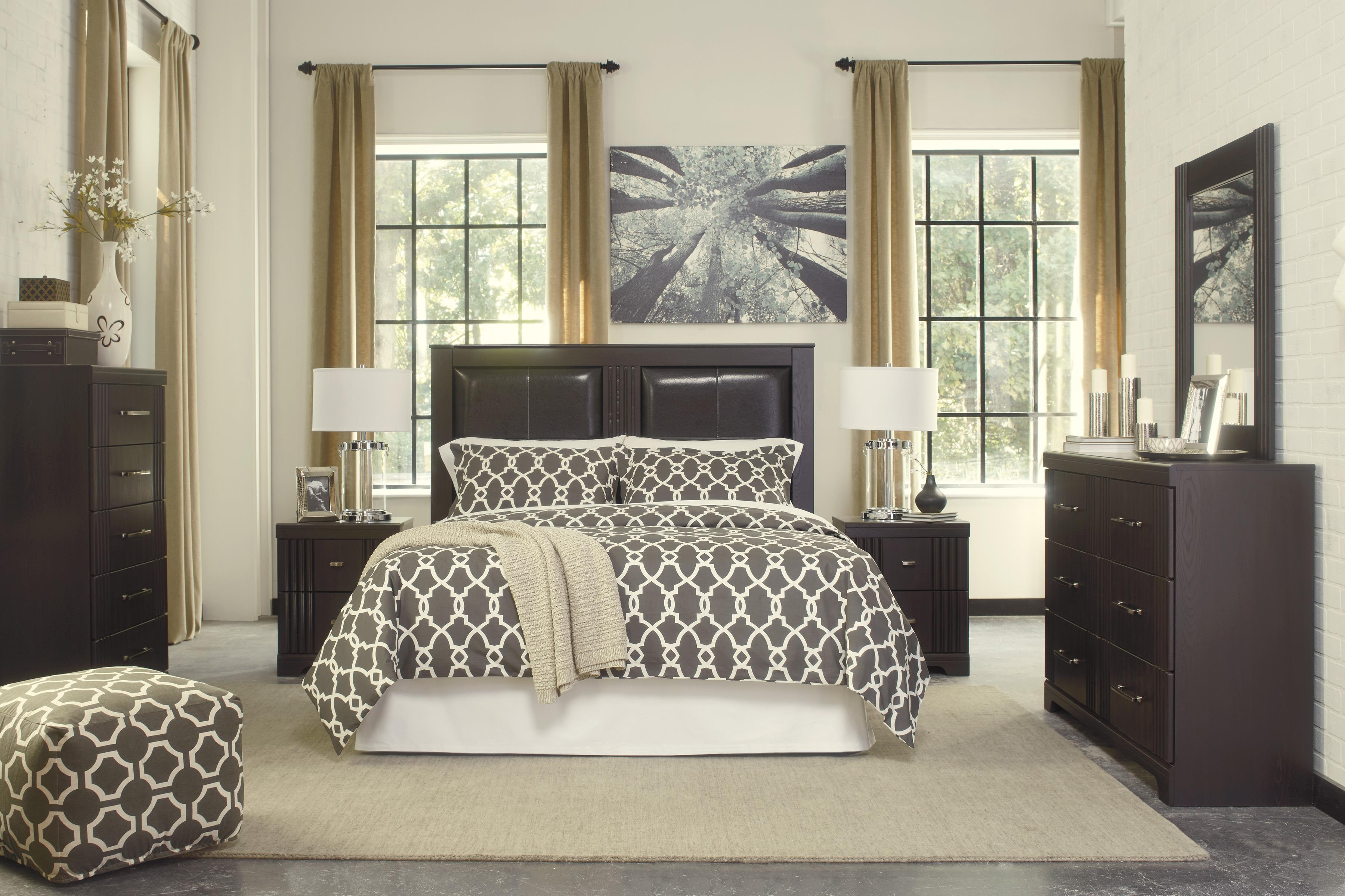 Signature Design by Ashley Tadlyn Queen/Full Bedroom Group - Item Number: B146 Q Bedroom Group 1