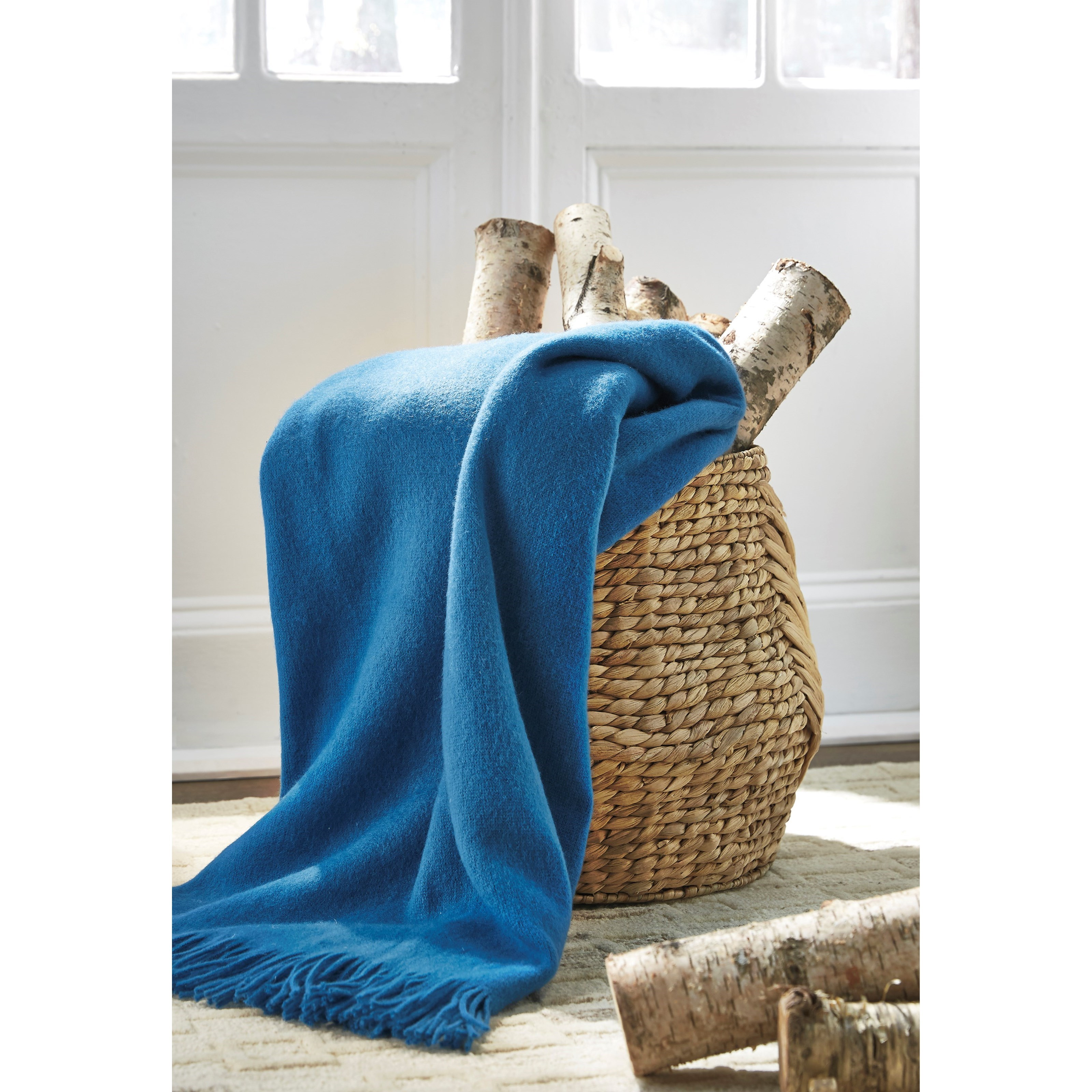 Ashley Signature Design Throws Shiloh Teal Throw Dunk