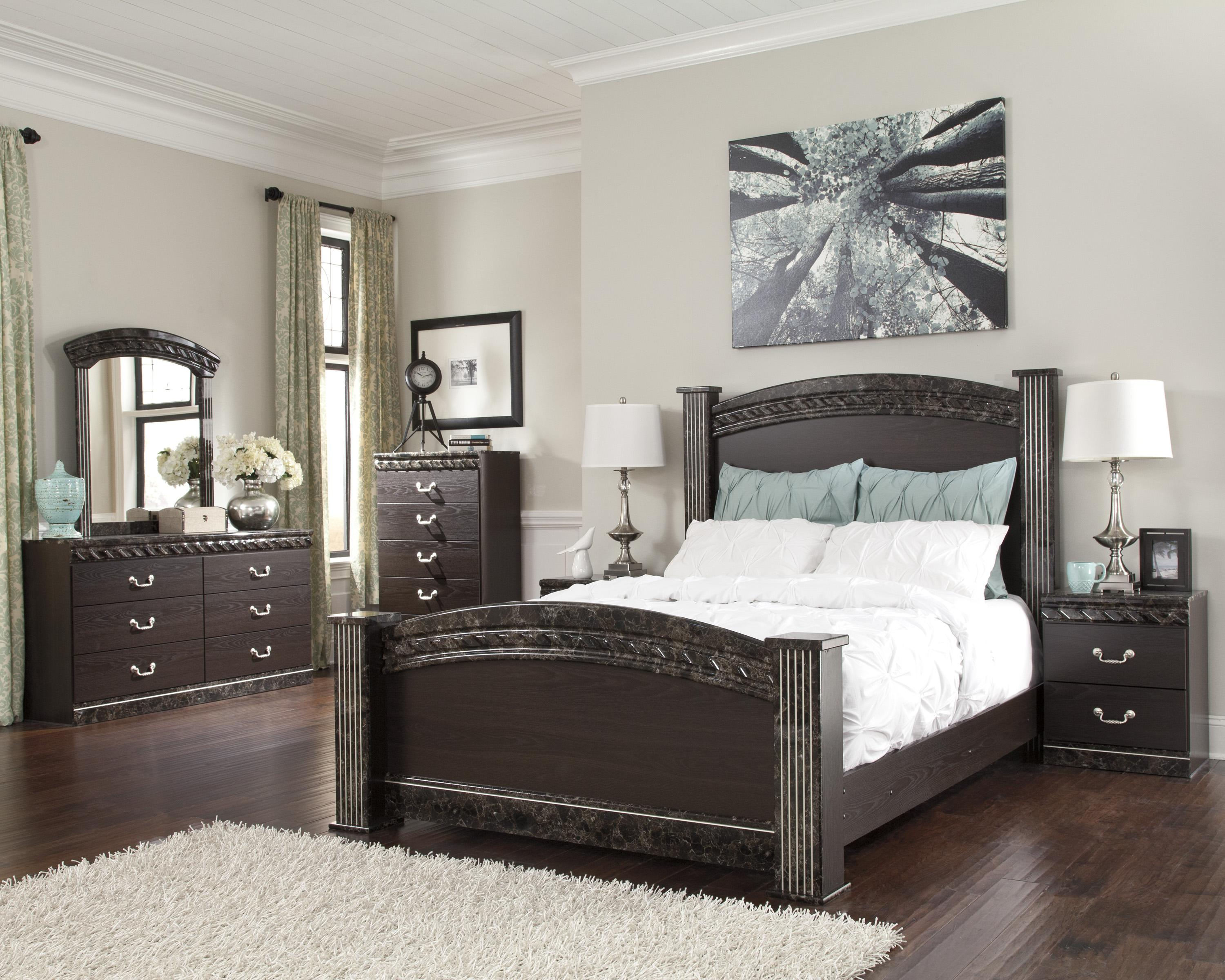 Vachel Poster Bedroom Set From Ashley B264 67 64 98 61: Ashley Signature Design Vachel Traditional Queen Poster