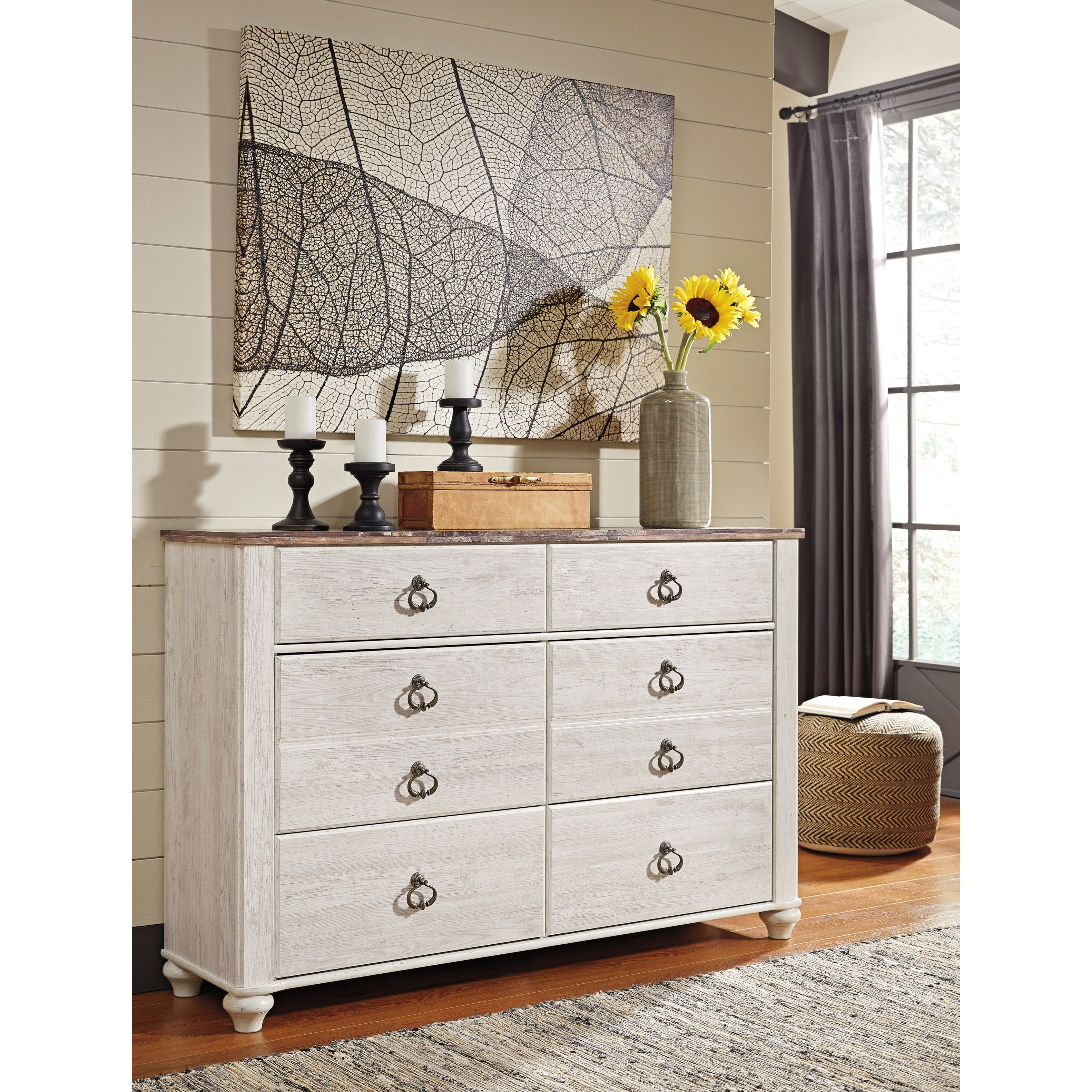 Signature Design By Ashley Willowton 6 Drawer Dresser With