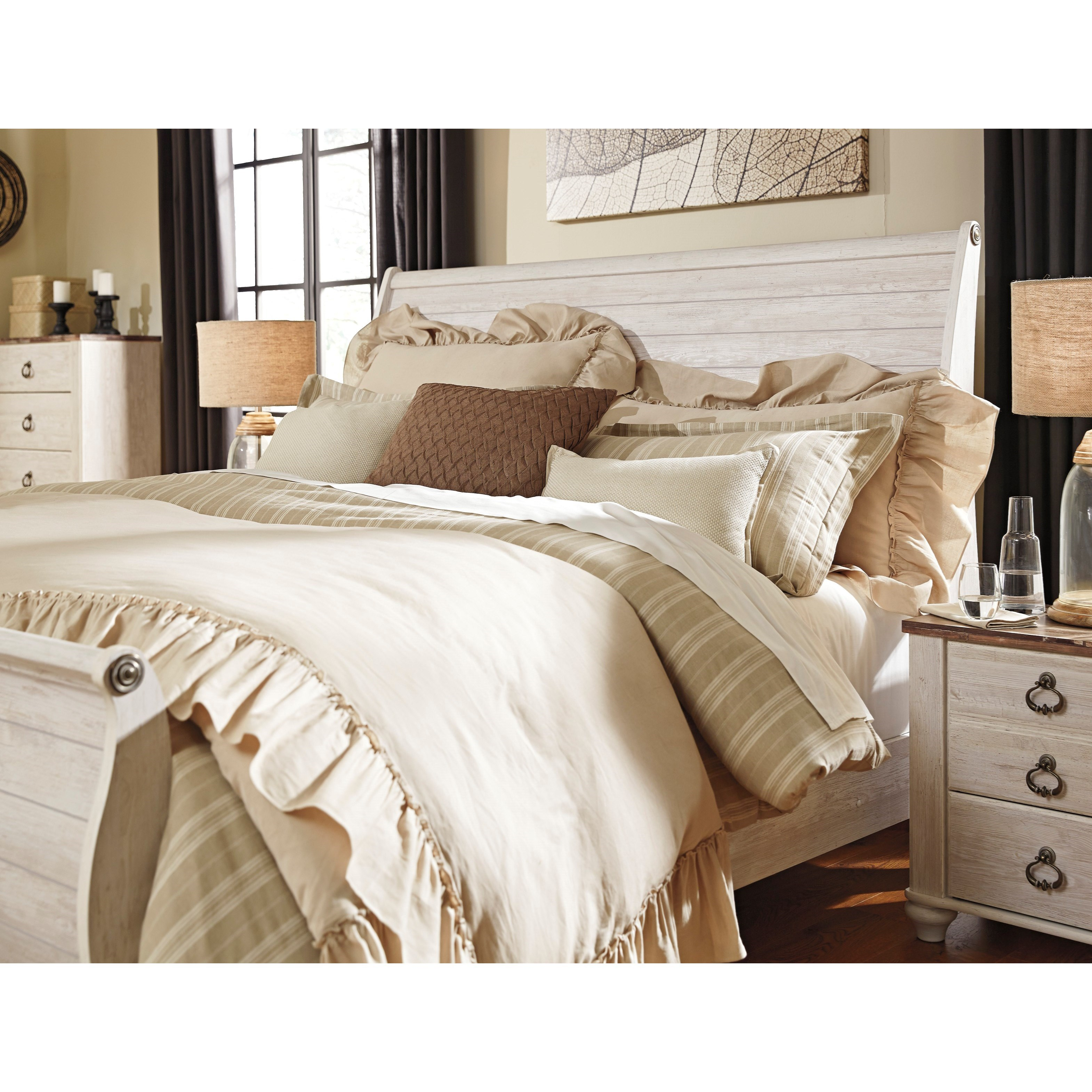 Signature Design By Ashley Willowton Queen Bedroom Group: Ashley (Signature Design) Willowton Queen Sleigh Bed In
