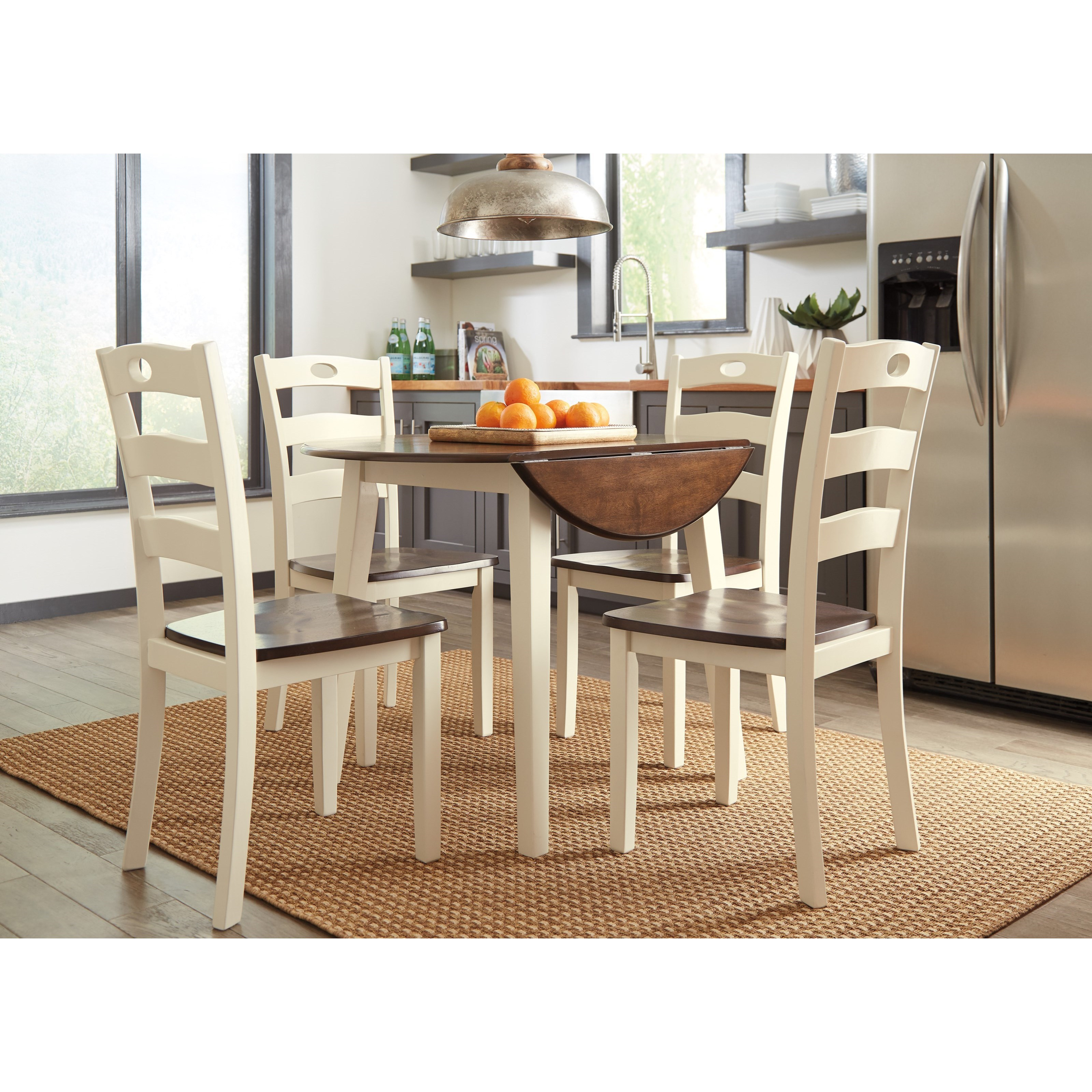 Round Dining Set With Leaf