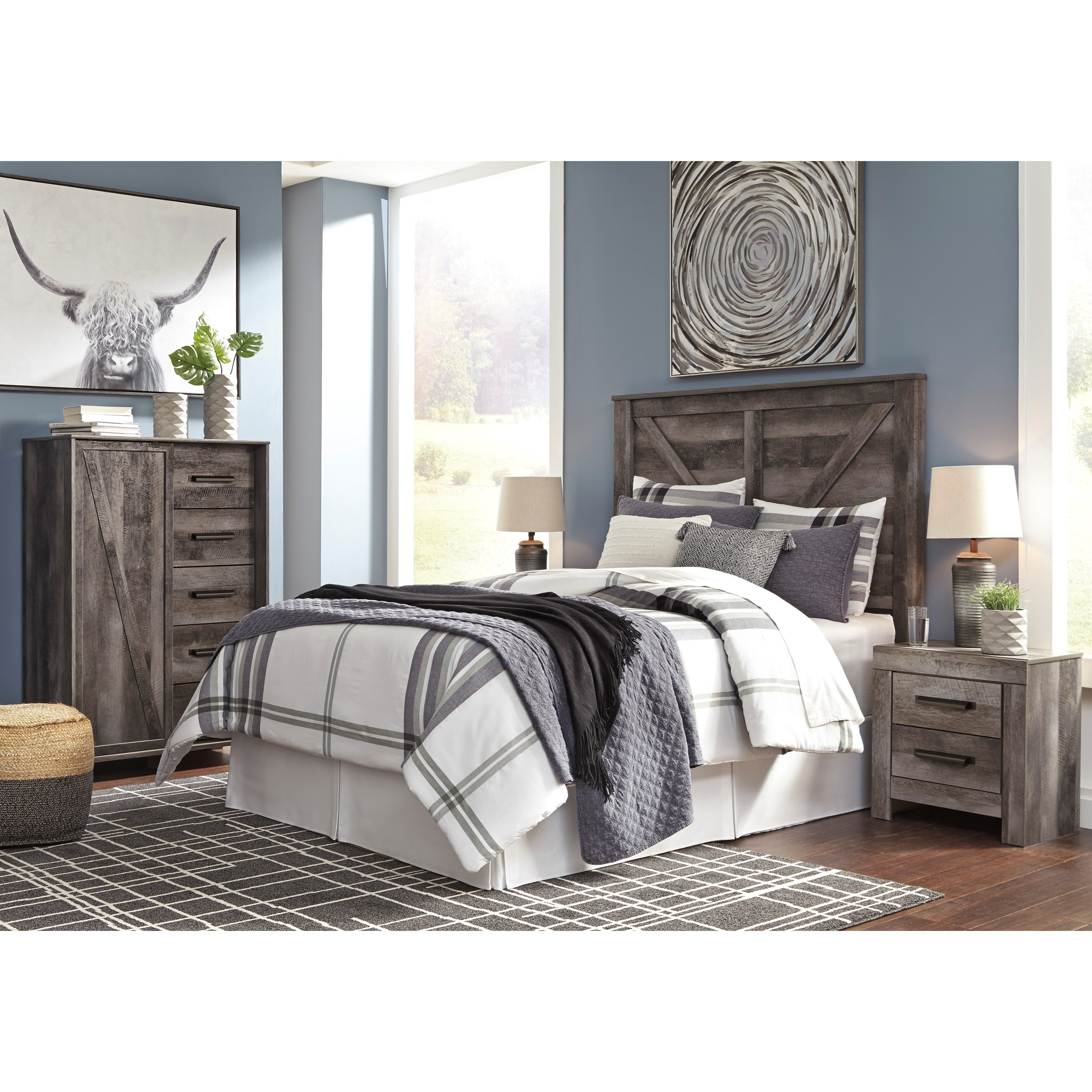 Signature Design By Ashley Wynnlow Queen Bedroom Group