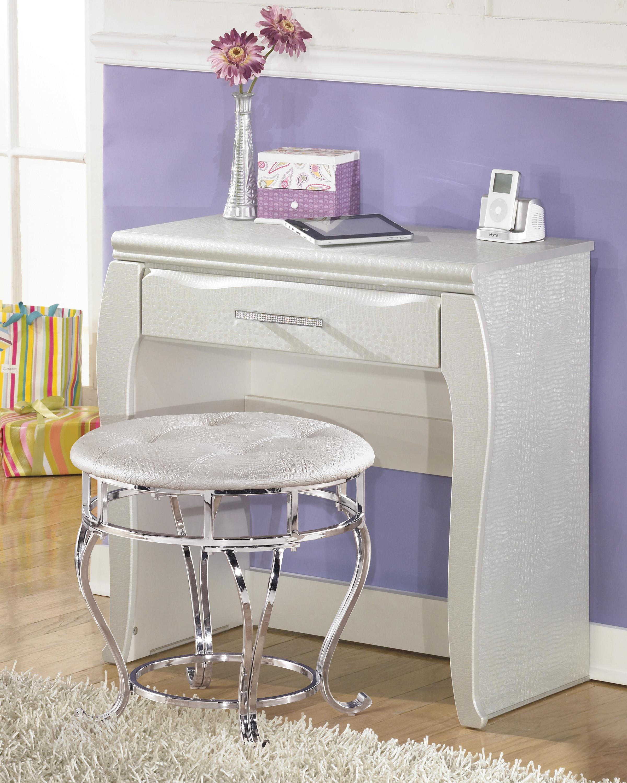 Signature Design By Ashley Anarasia White Youth Sleigh: Signature Design By Ashley Zarollina B182-01 Upholstered