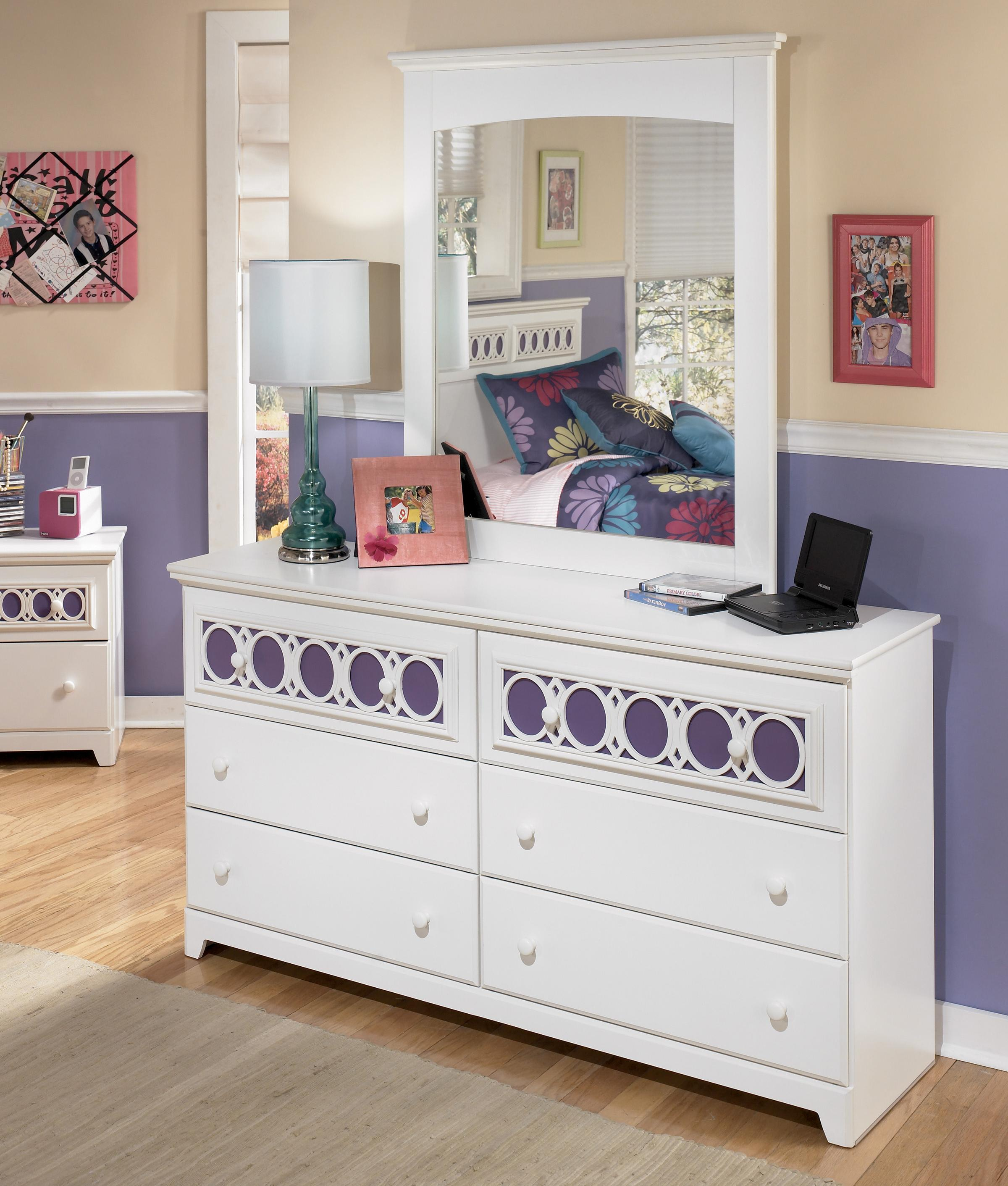 Signature Design by Ashley Zayley Dresser & Mirror - Item Number: B131-21+26