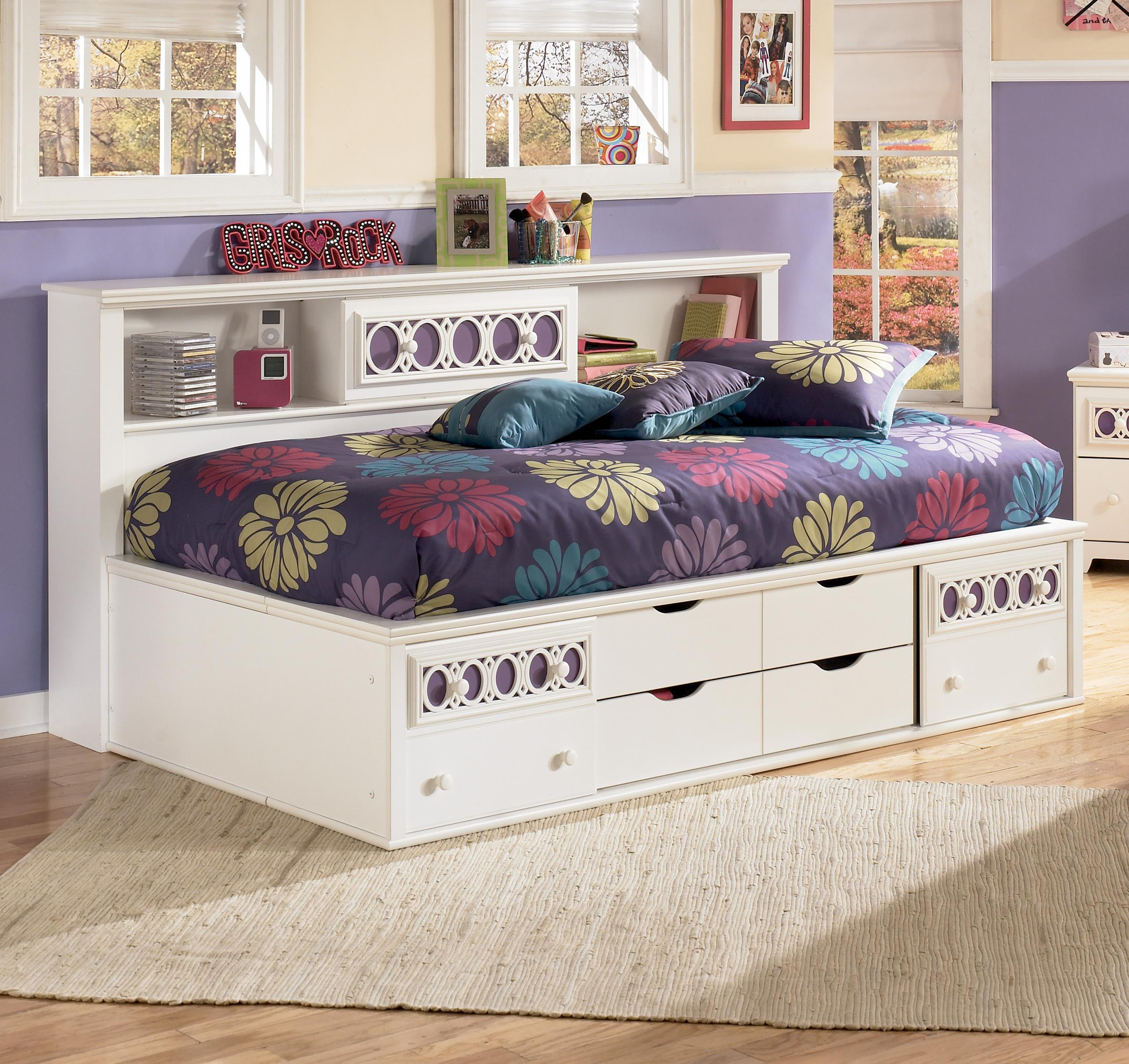 Signature Design By Ashley Furniture Zayley Twin Bedside
