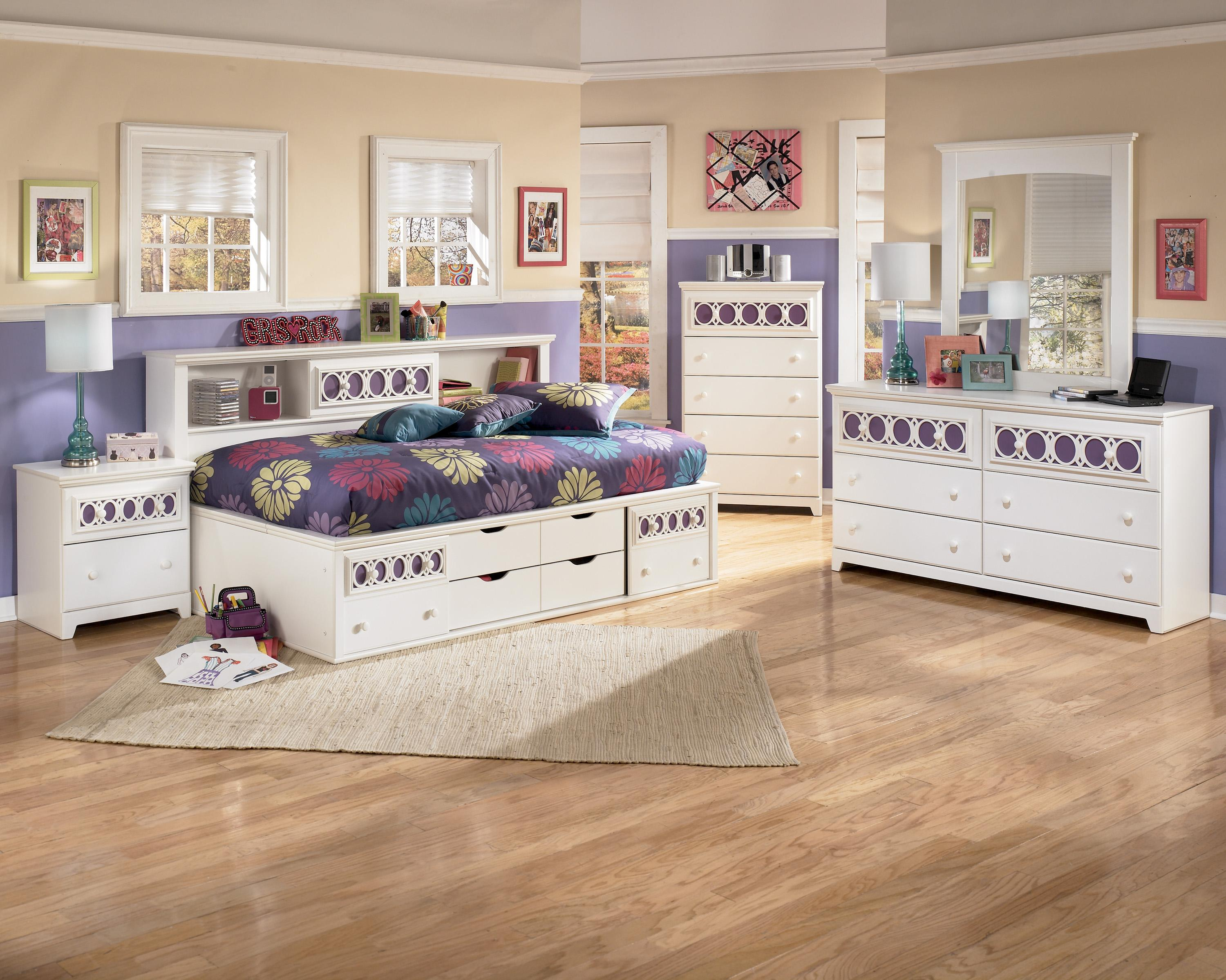 Signature Design By Ashley Zayley Twin Bedside Bookcase