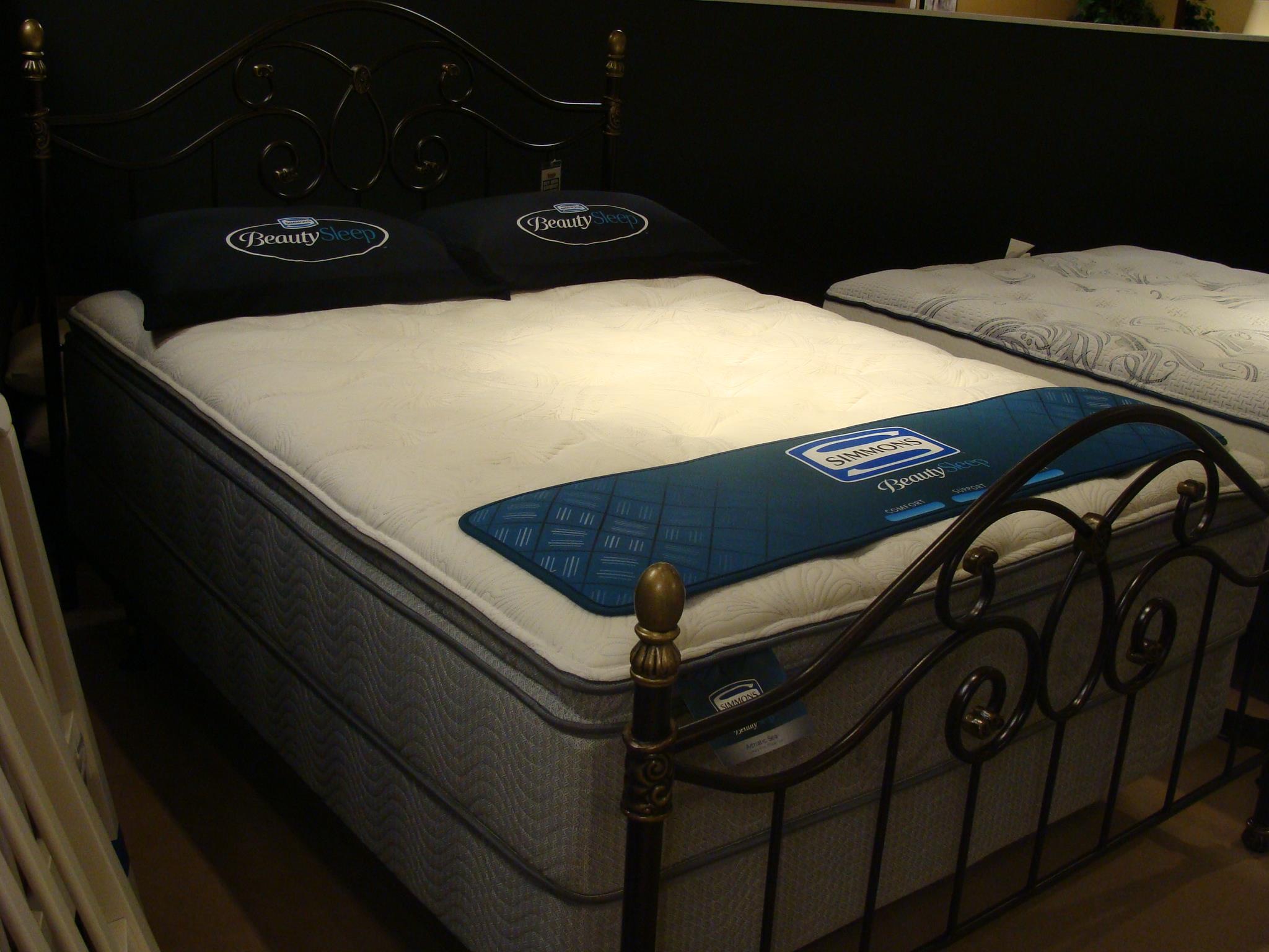 Simmons Adriatic Sea Twin Plush Pillow Top Mattress Set - Item Number: 700600590T+700600775T